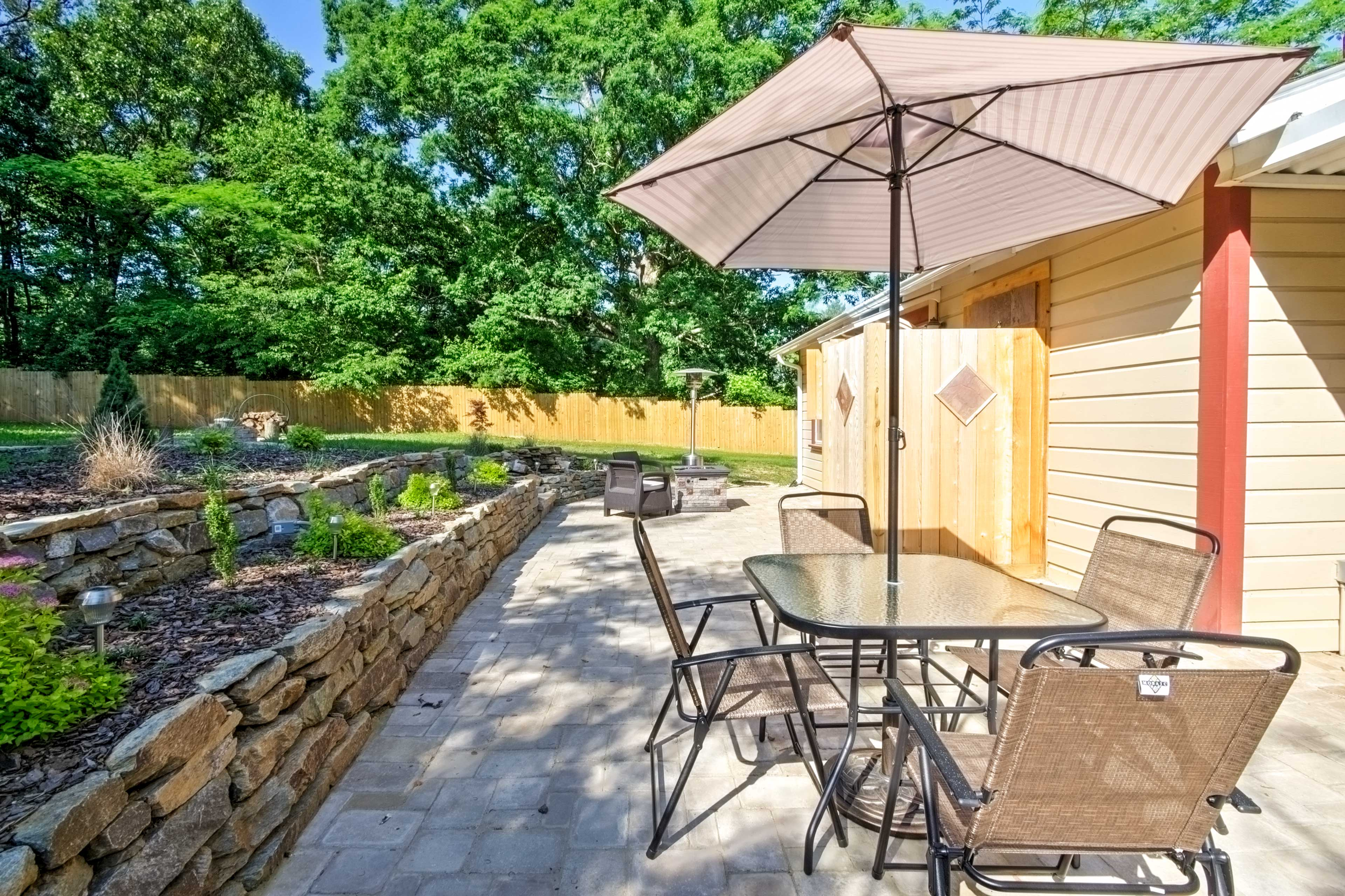 Opt to feast on your home-cooked meals inside or outside at the outdoor table.