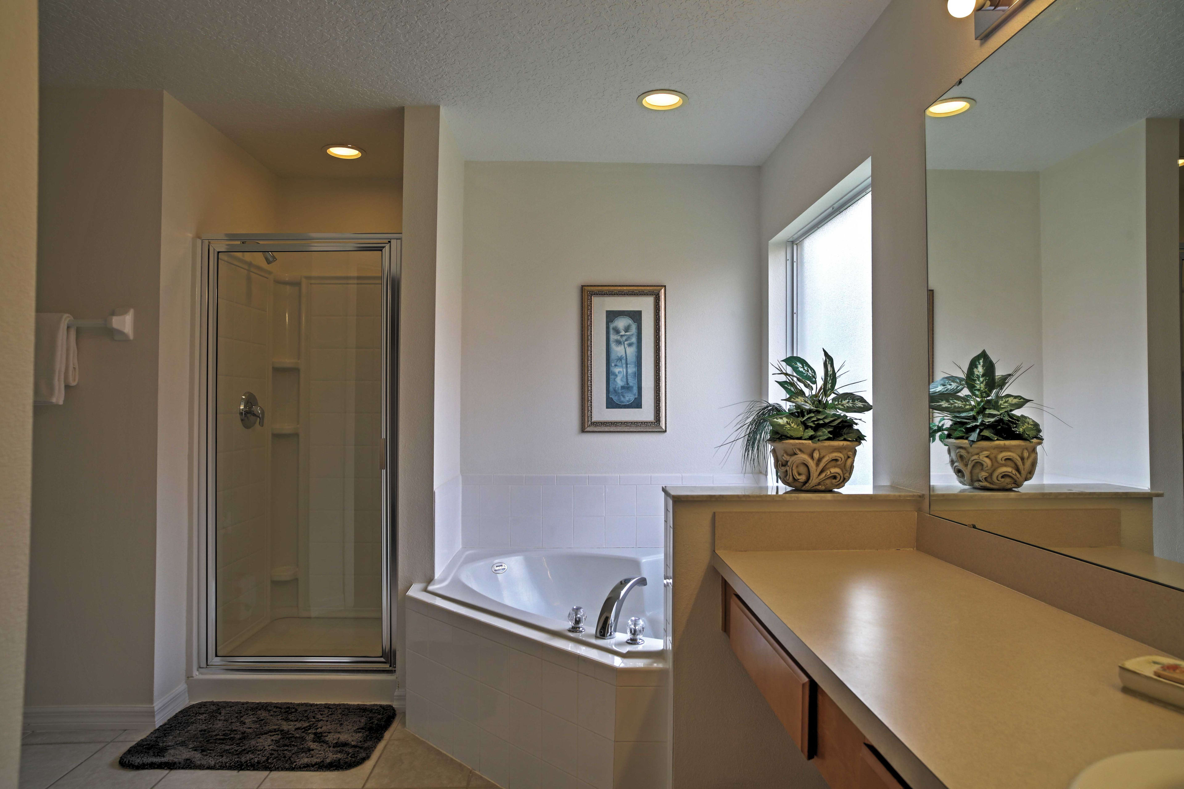 Wash your worries away in this pristine soaking tub.