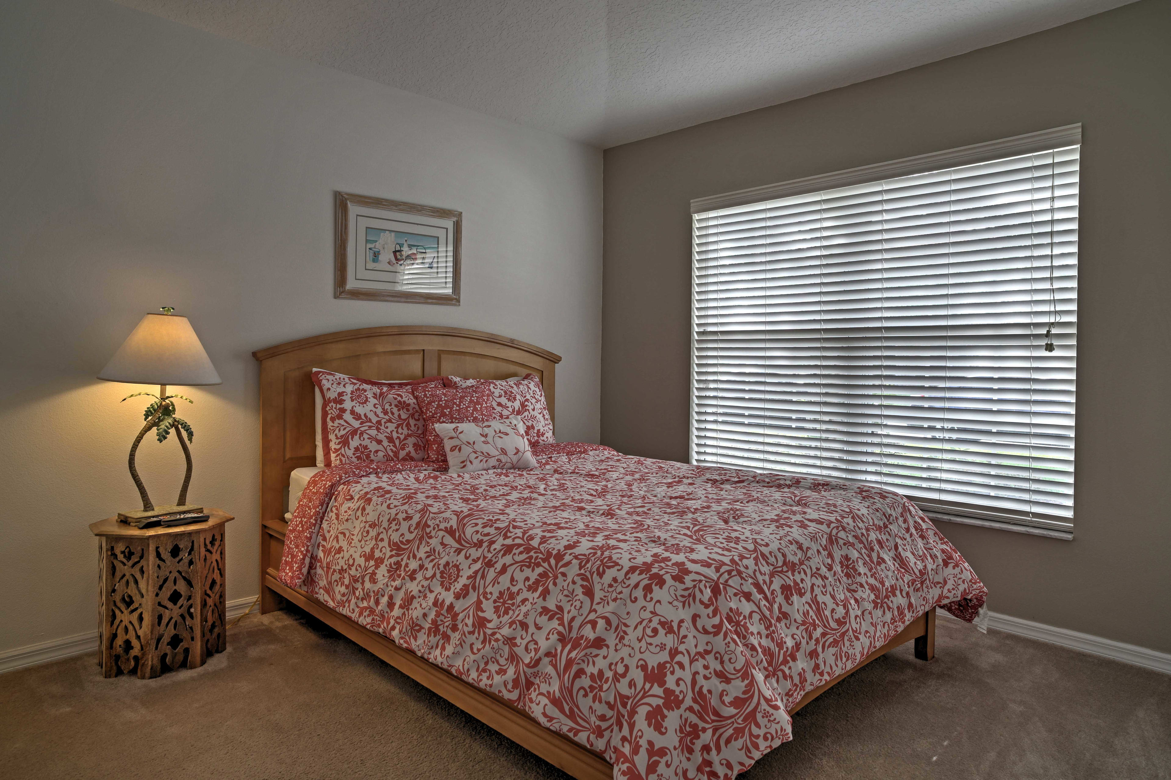 All of the bedrooms are equipped with flat-screen cable TVs.