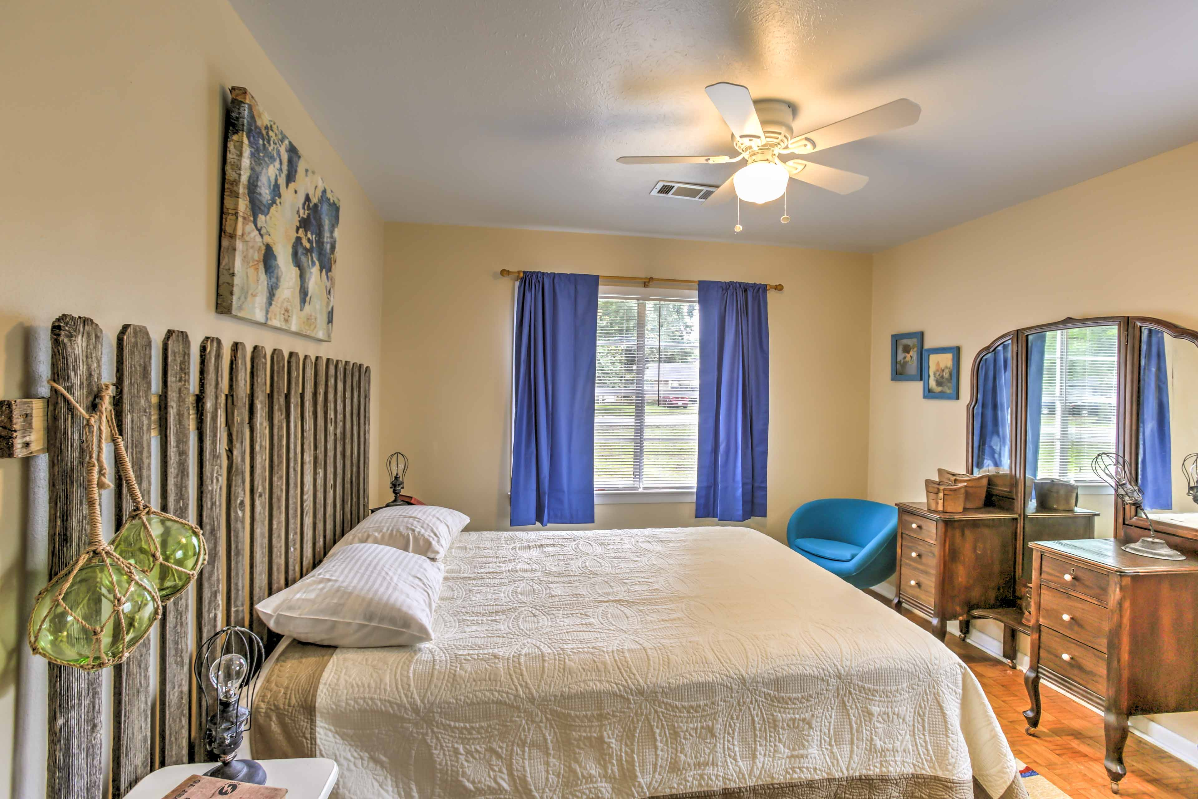 The second and third bedrooms come complete with queen-sized beds and soft linens for peaceful slumbers.