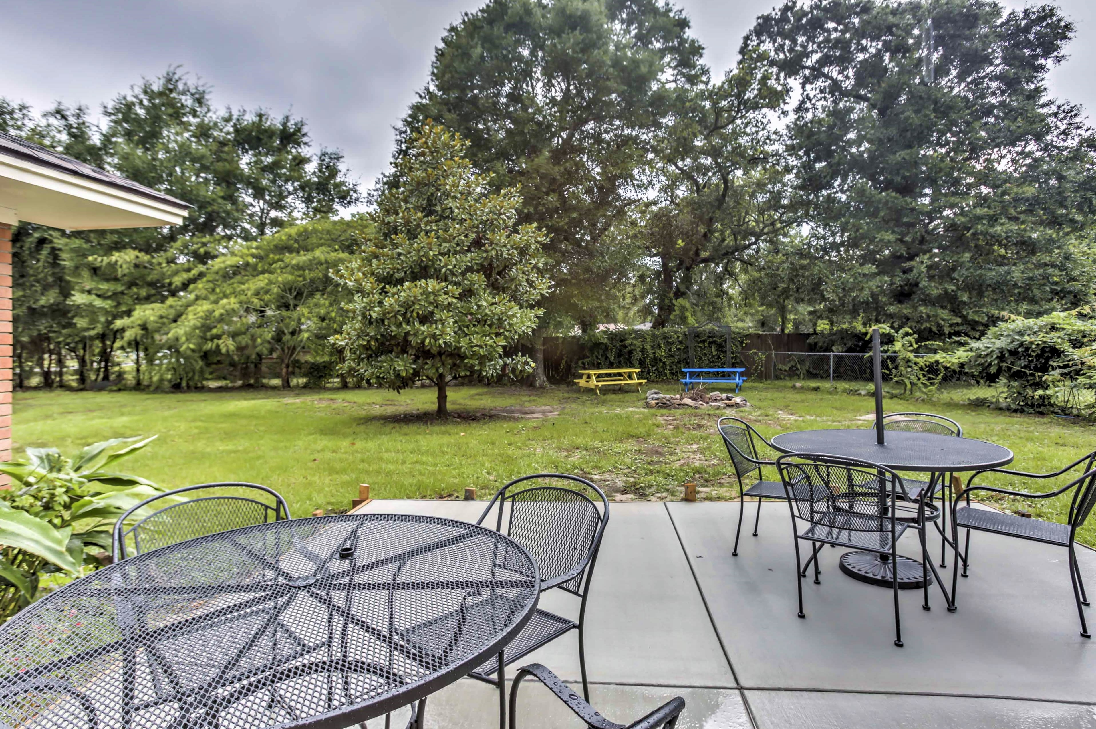 Explore all the best of the Mississippi Gulf Coast in this 4-bedroom, 2-bathroom Pass Christian vacation rental house.