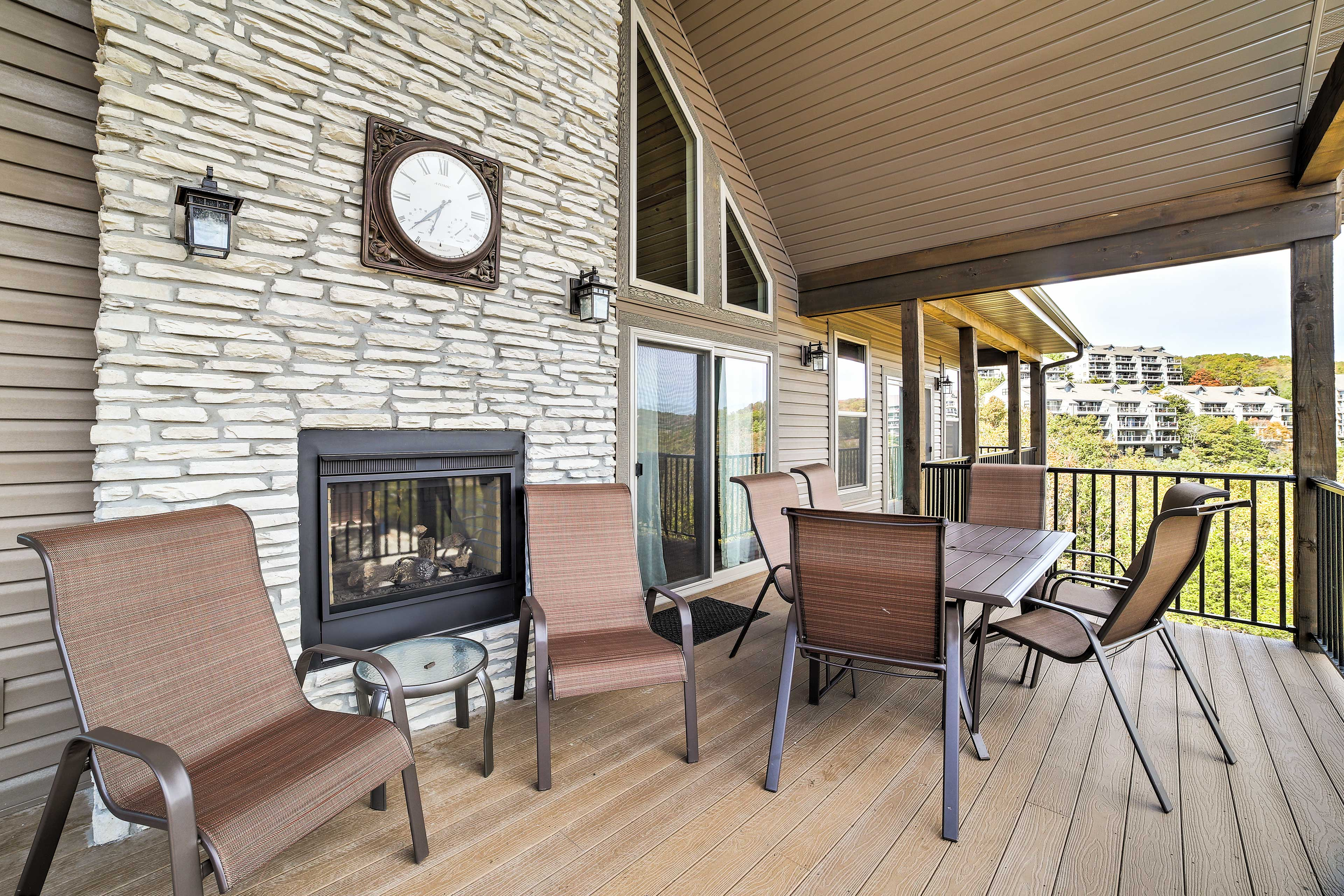 Sit back on this spacious deck and take in the panoramic views of the Ozark wilderness.