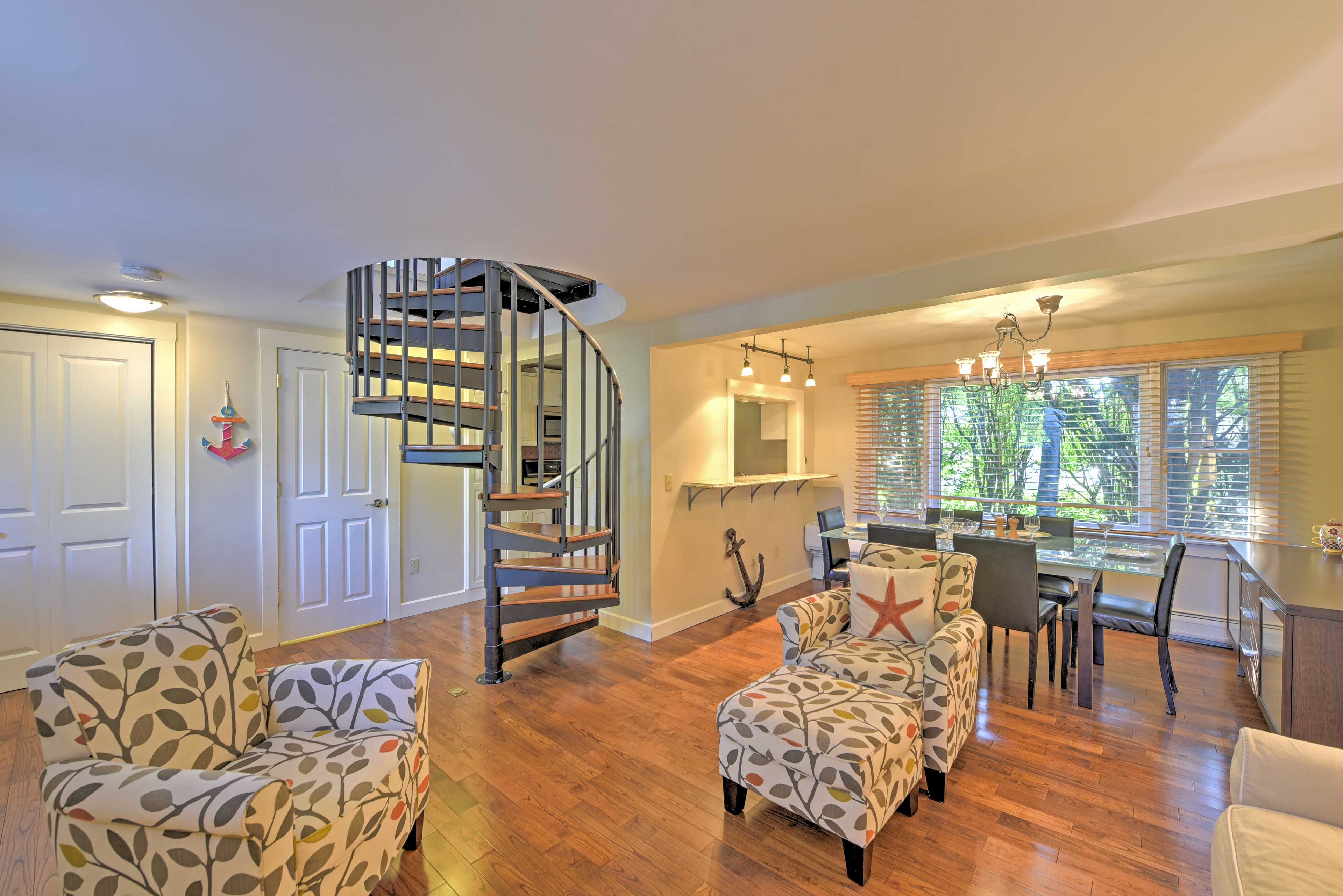 The great room is covered in gorgeous Mahogany hardwood floors.
