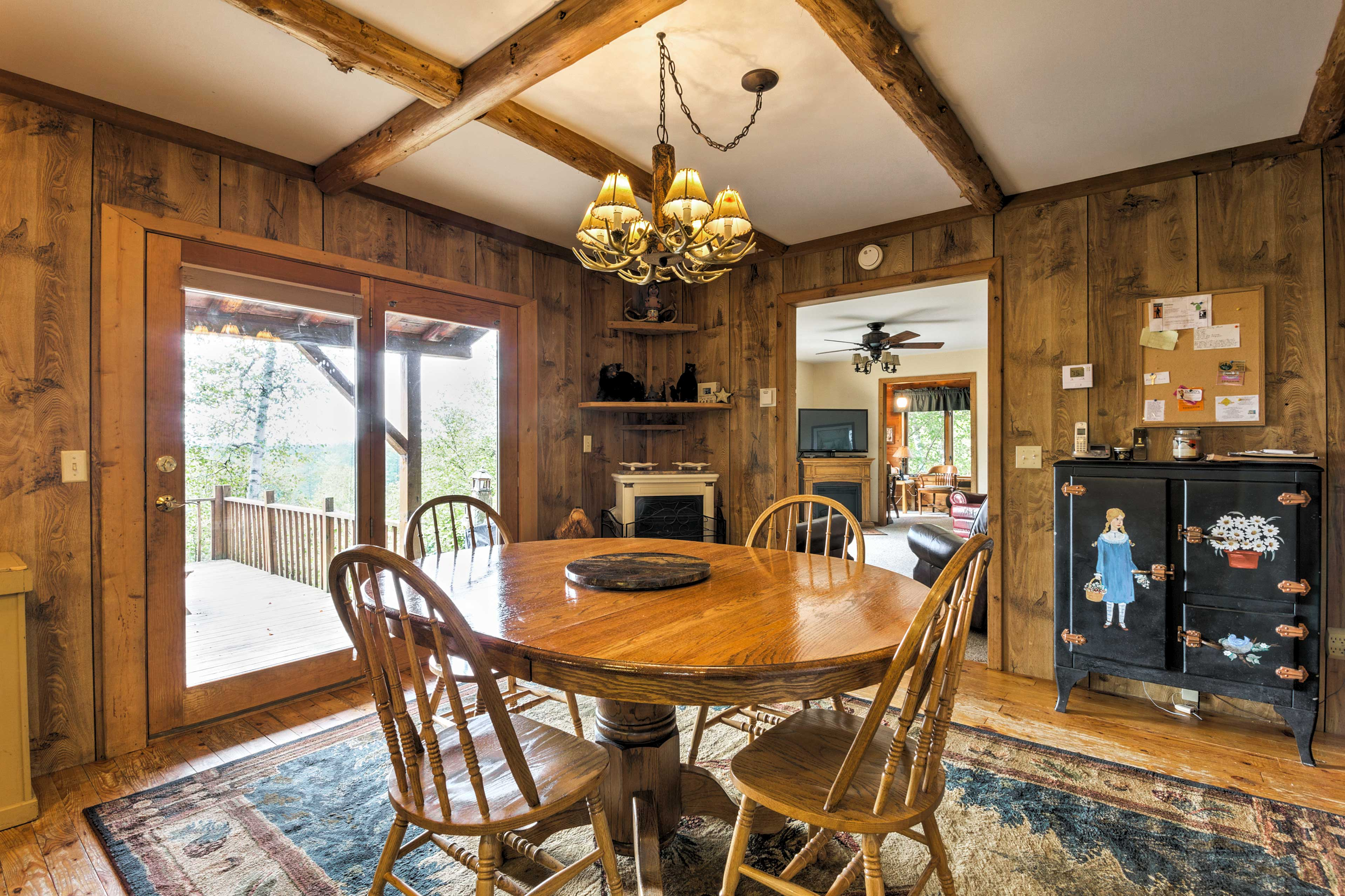 Enjoy delicious meals on the 4-person dining room table.
