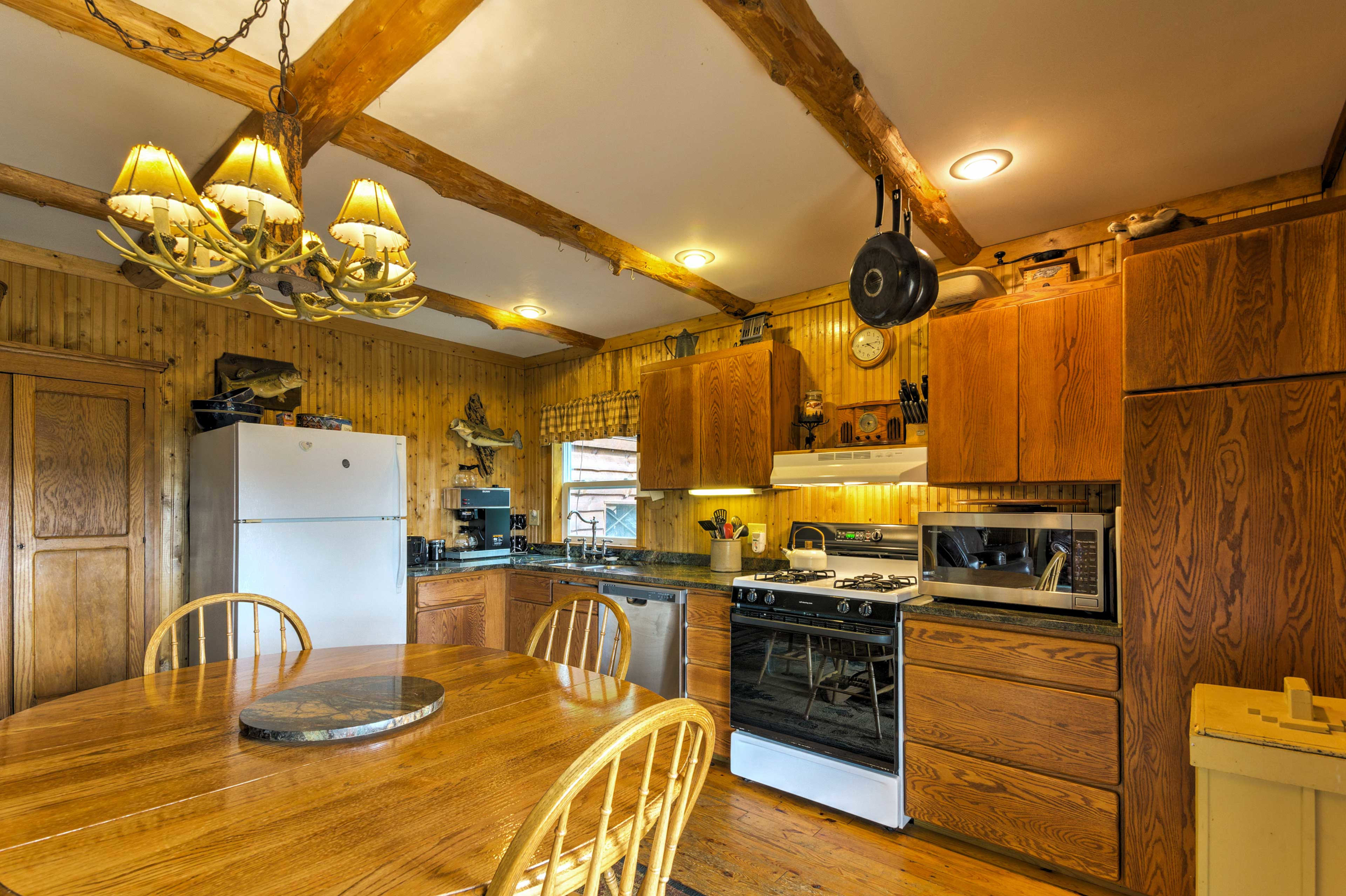 The fully equipped kitchen will handle all of your culinary needs.