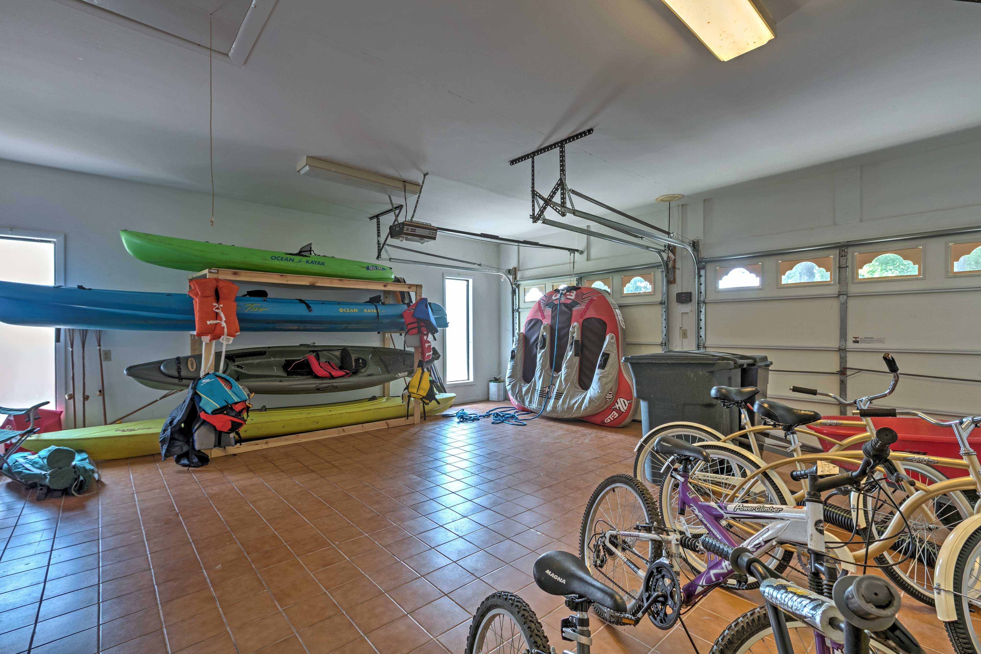 Garage   Bicycles   Kayaks