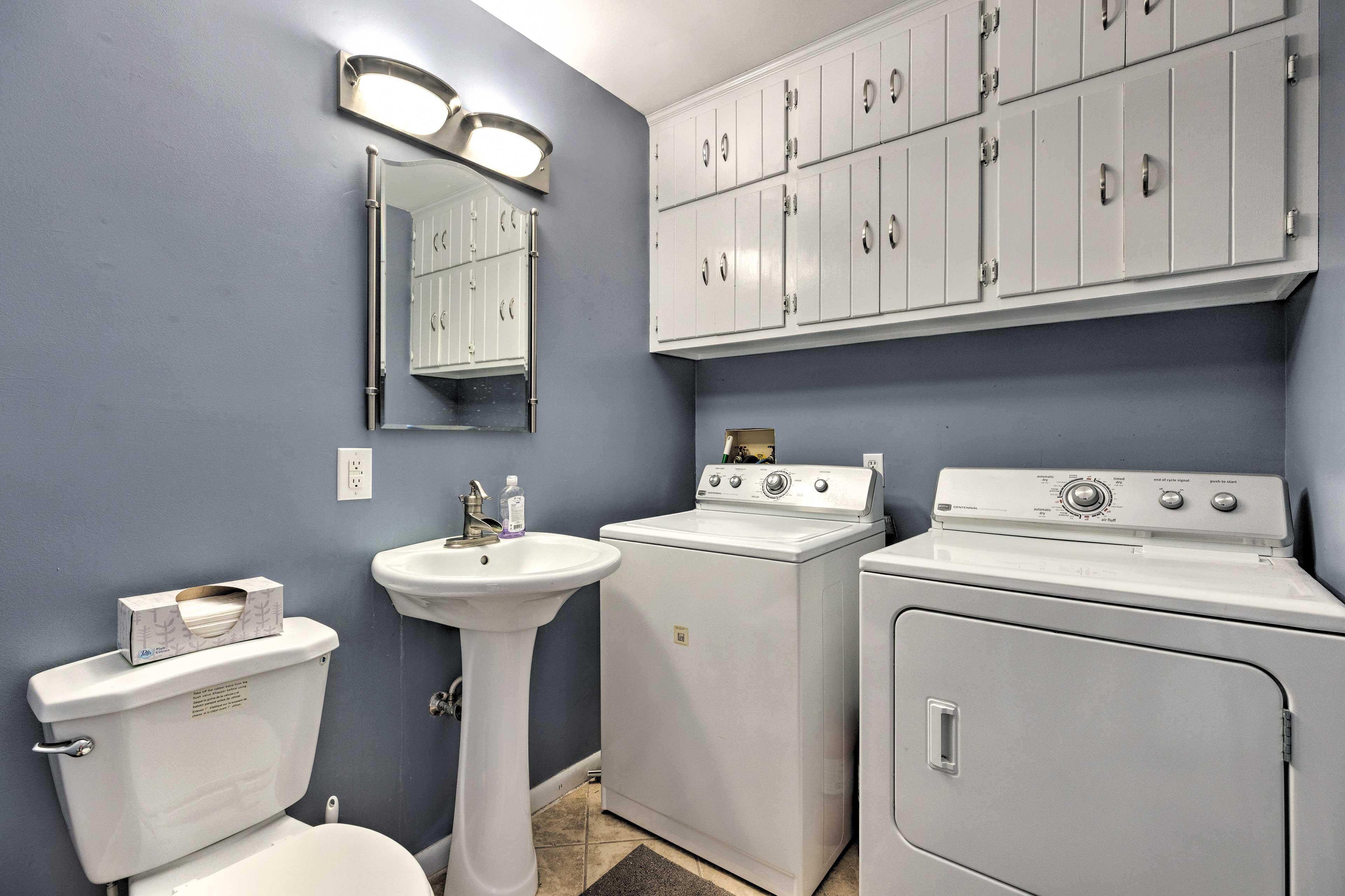 Laundry Room   Half Bathroom   Washer/Dryer
