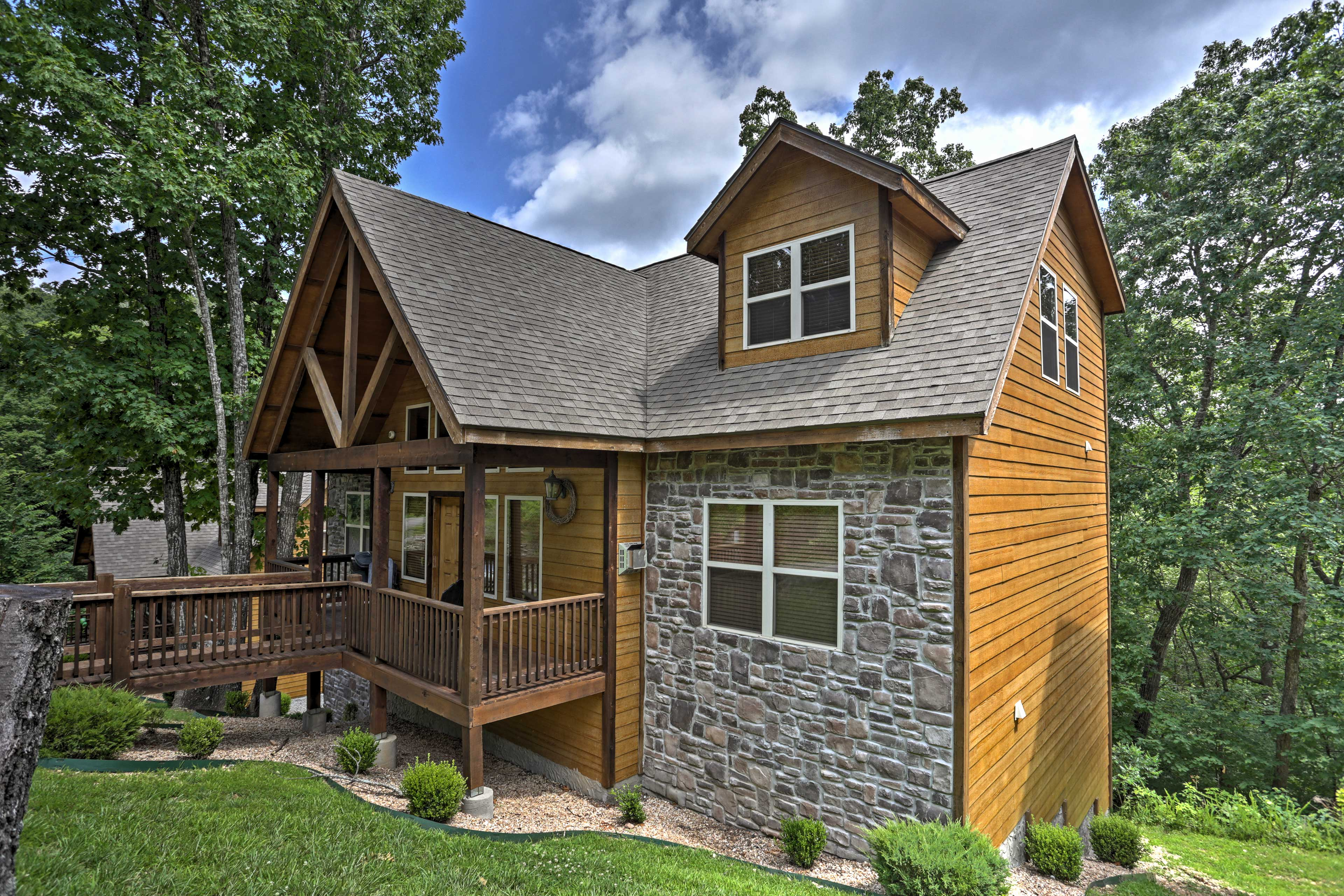 Branson Vacation Rental Home | 5BR | 5BA | 4,100 Sq Ft | No Steps Required