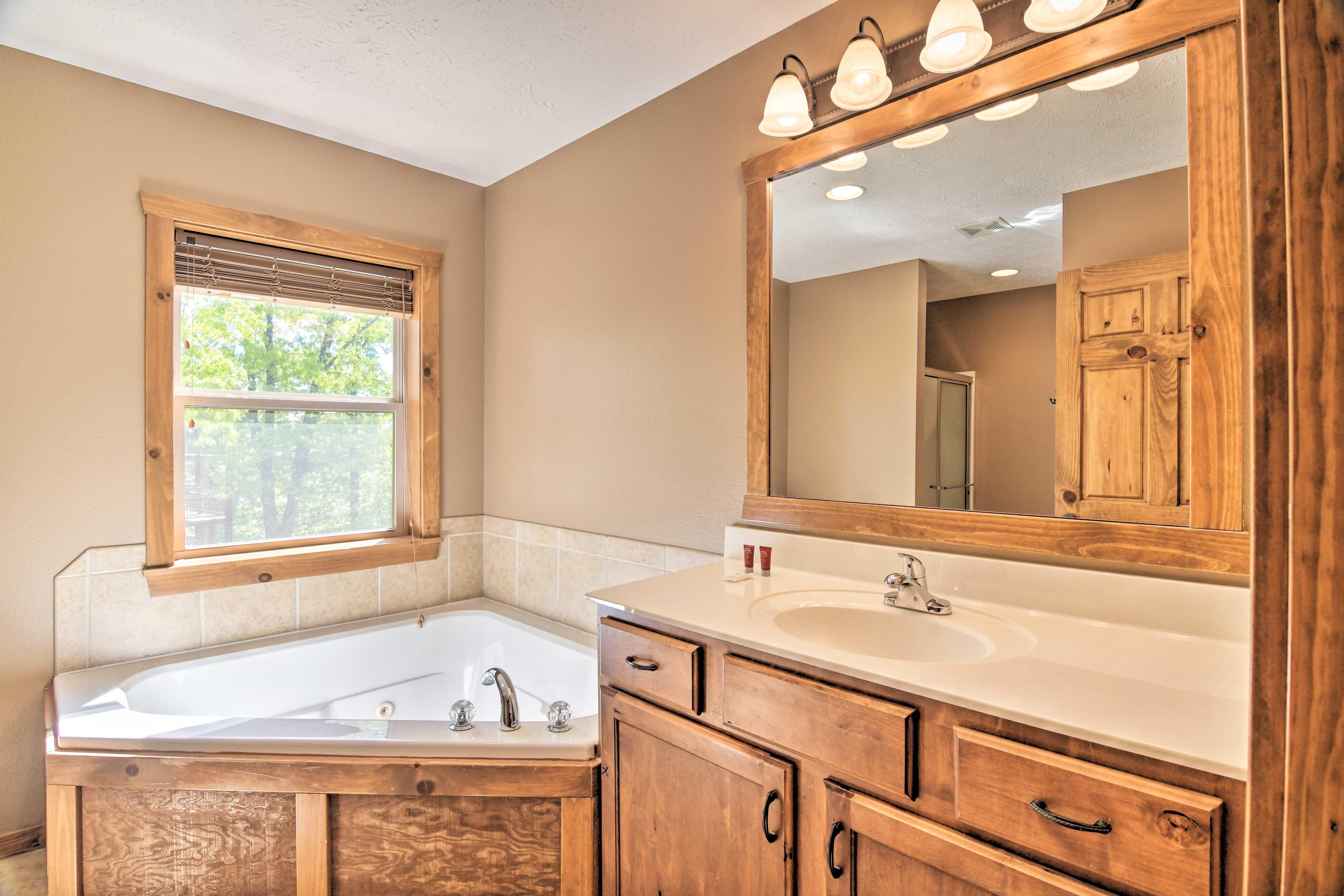 Full Bathroom   First Floor