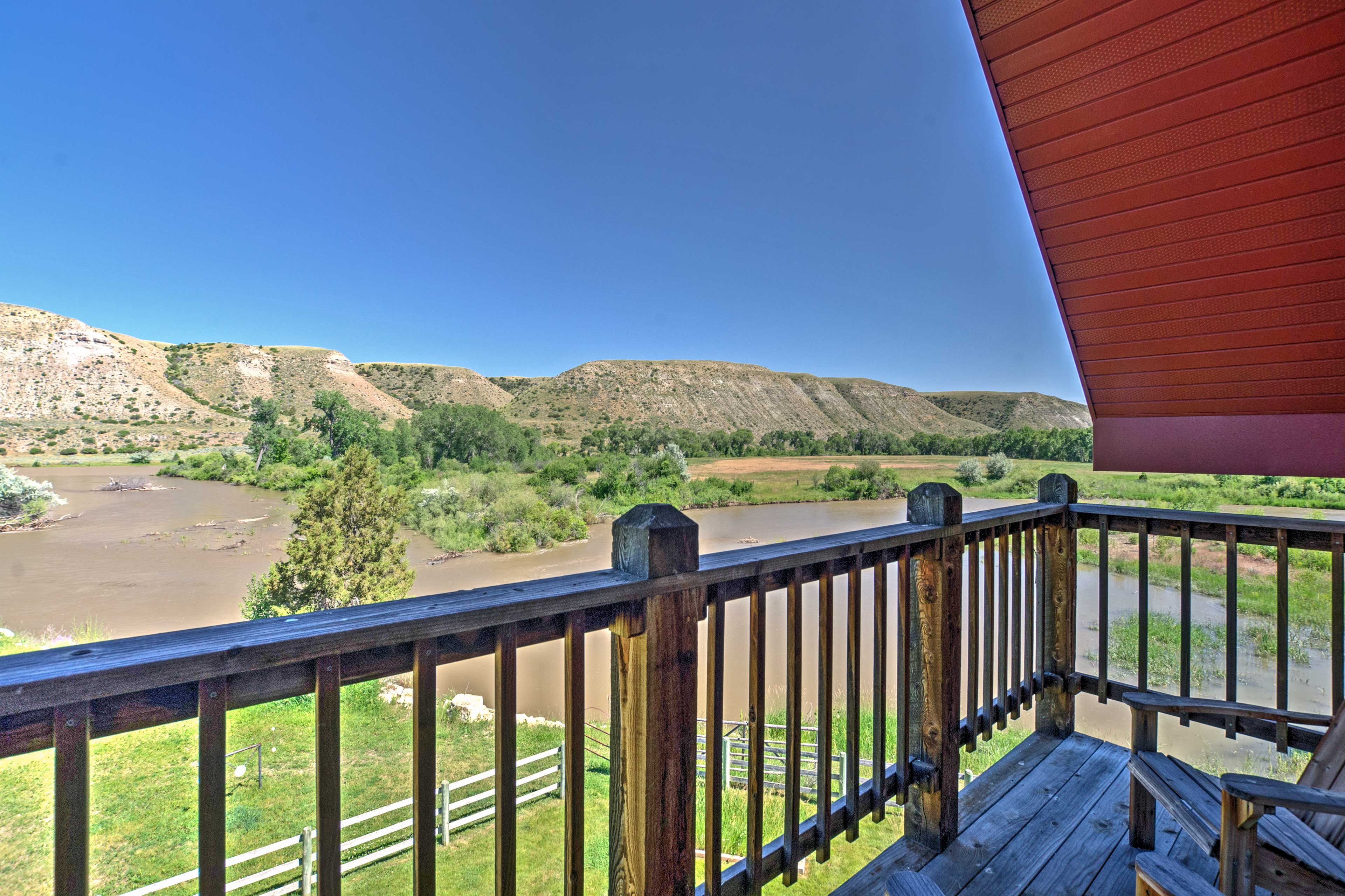 This home is situated along the Clark's Fork River and 1/2 mile of Rock Creek.