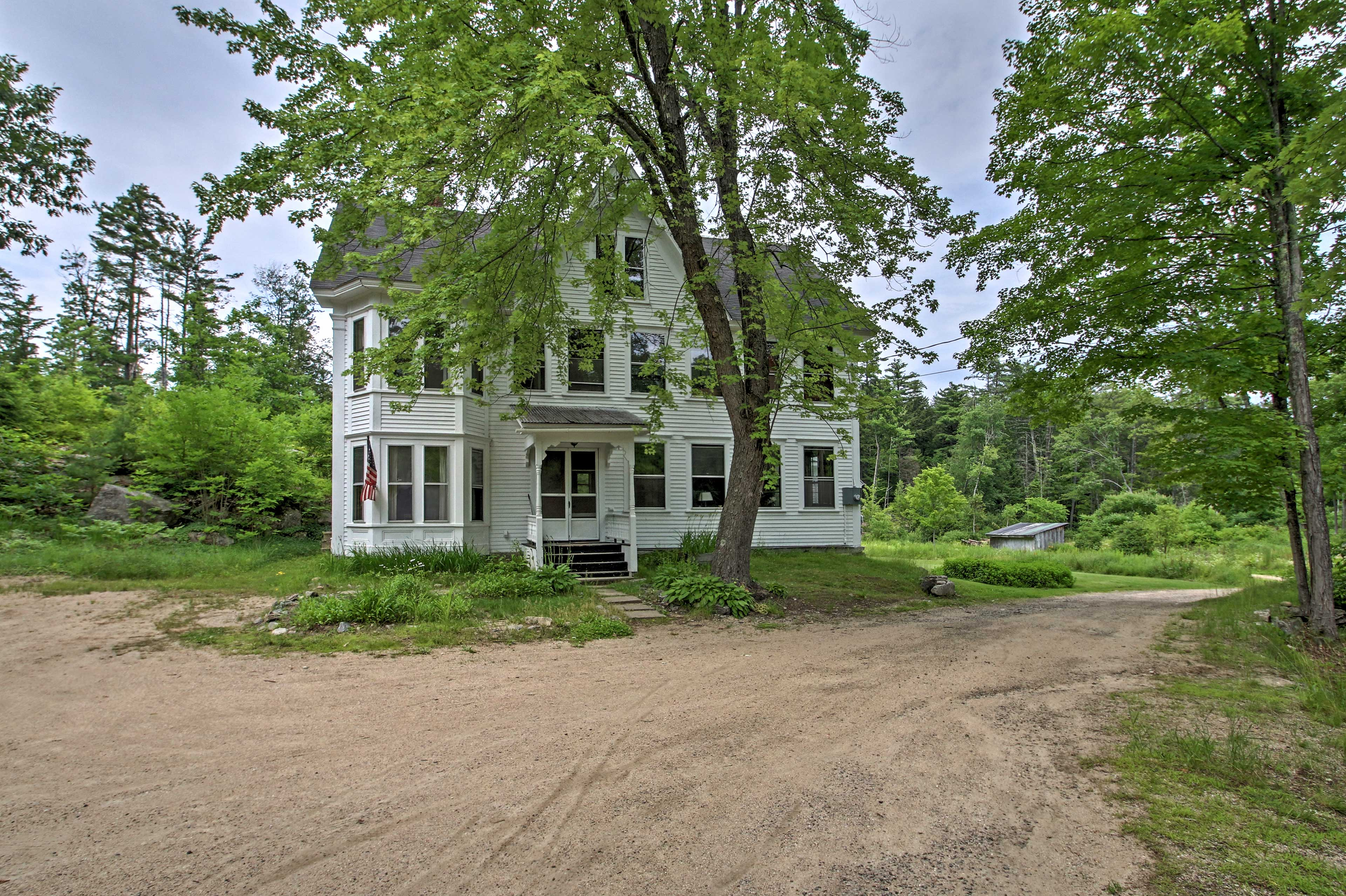 The property is centrally located in the New Hampshire Lakes Region.