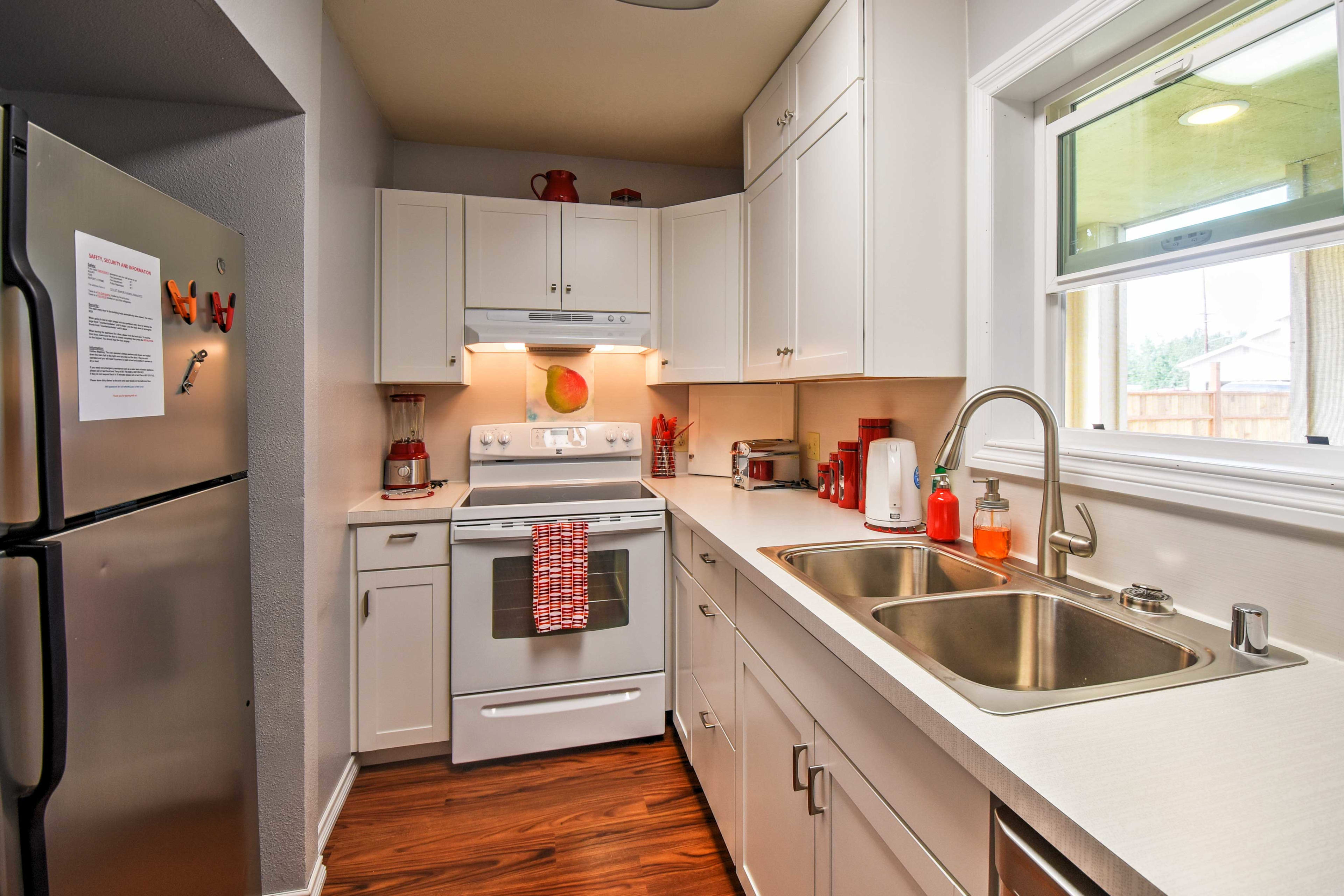 Use countertops and modern appliances while whipping up home-cooked treats!