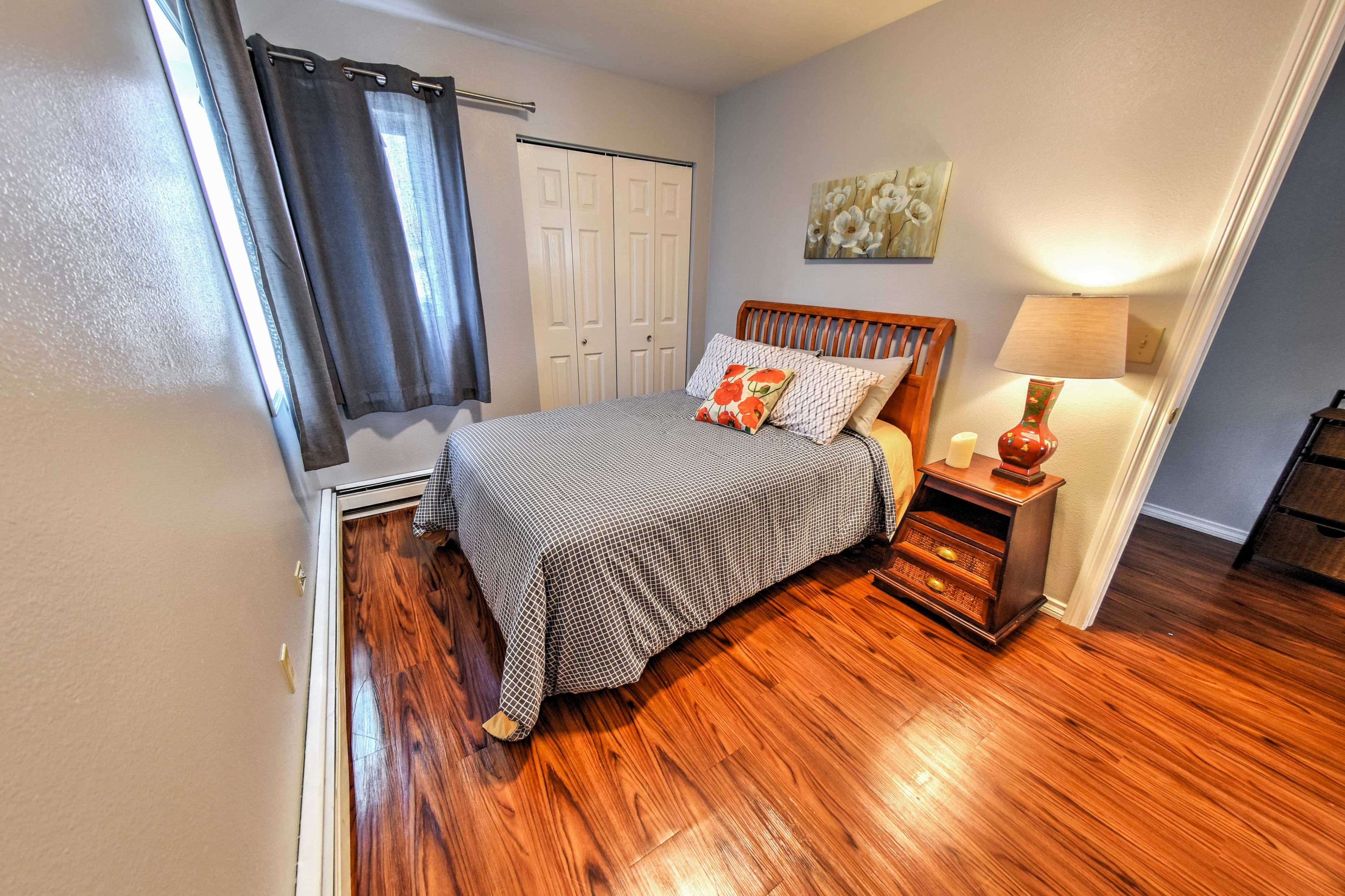 Guests are sure to sleep soundly in this cozy room.