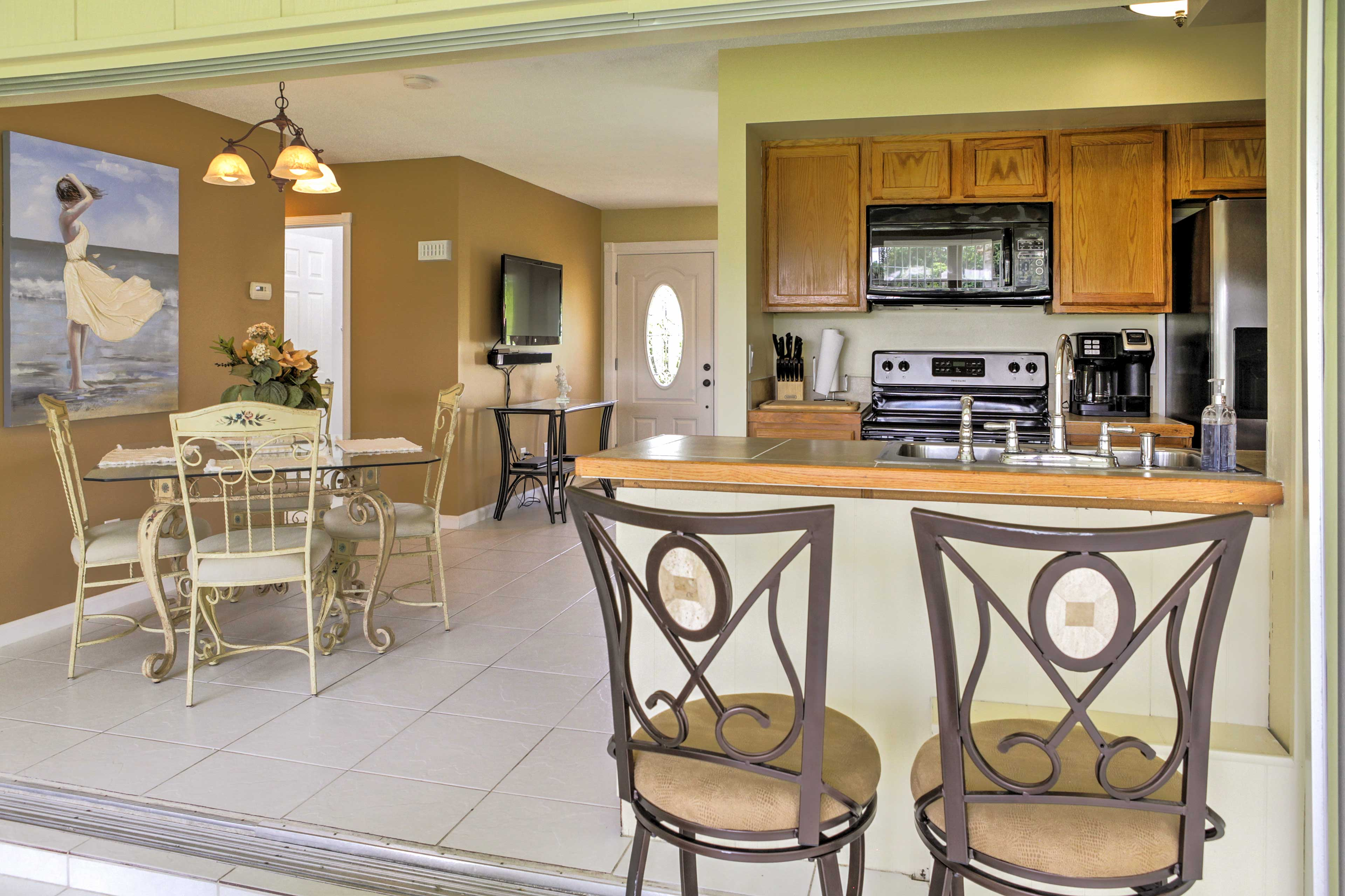 This home is ideal for groups of 5.