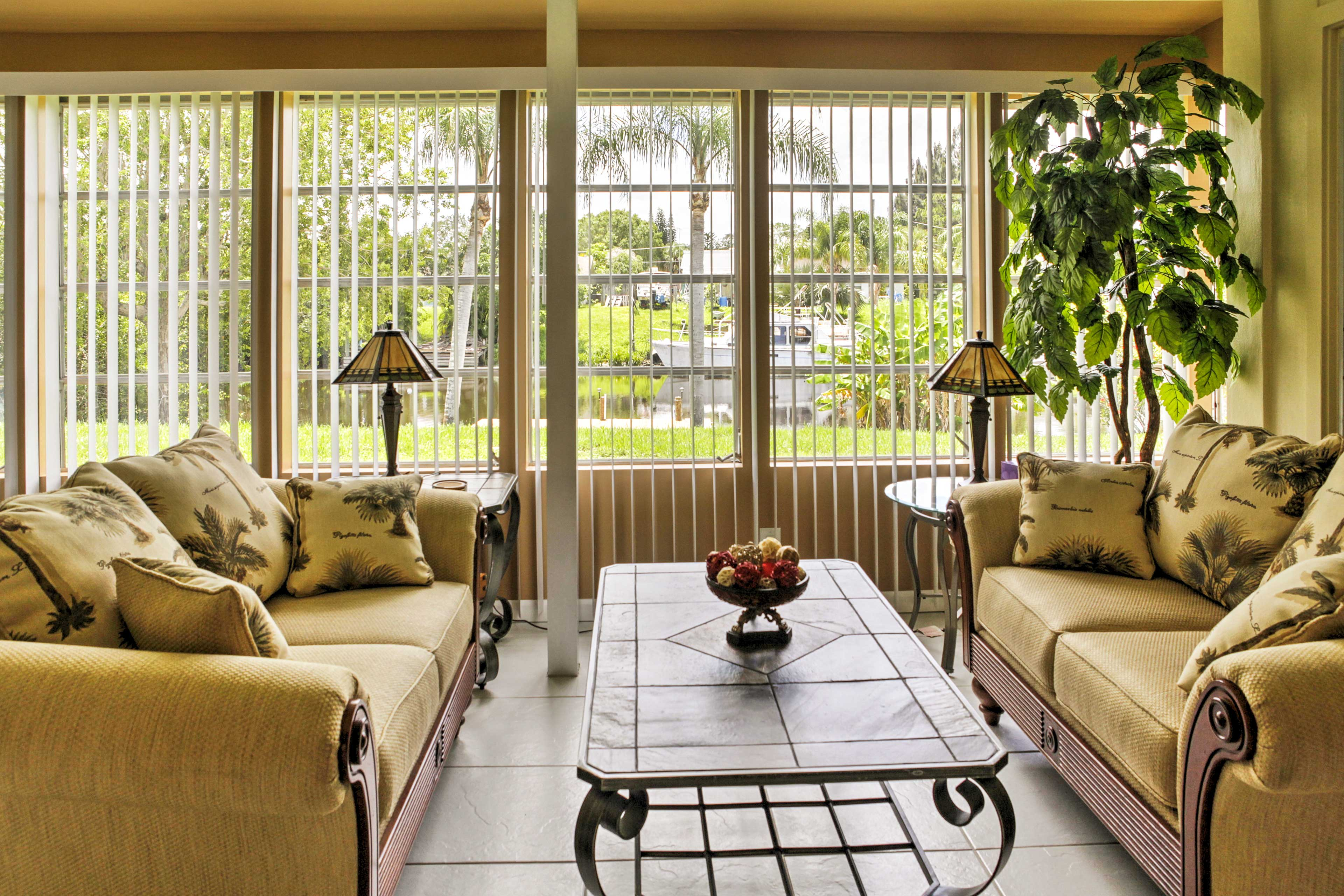 Relish in deep conversation while you unwind in the sitting room.