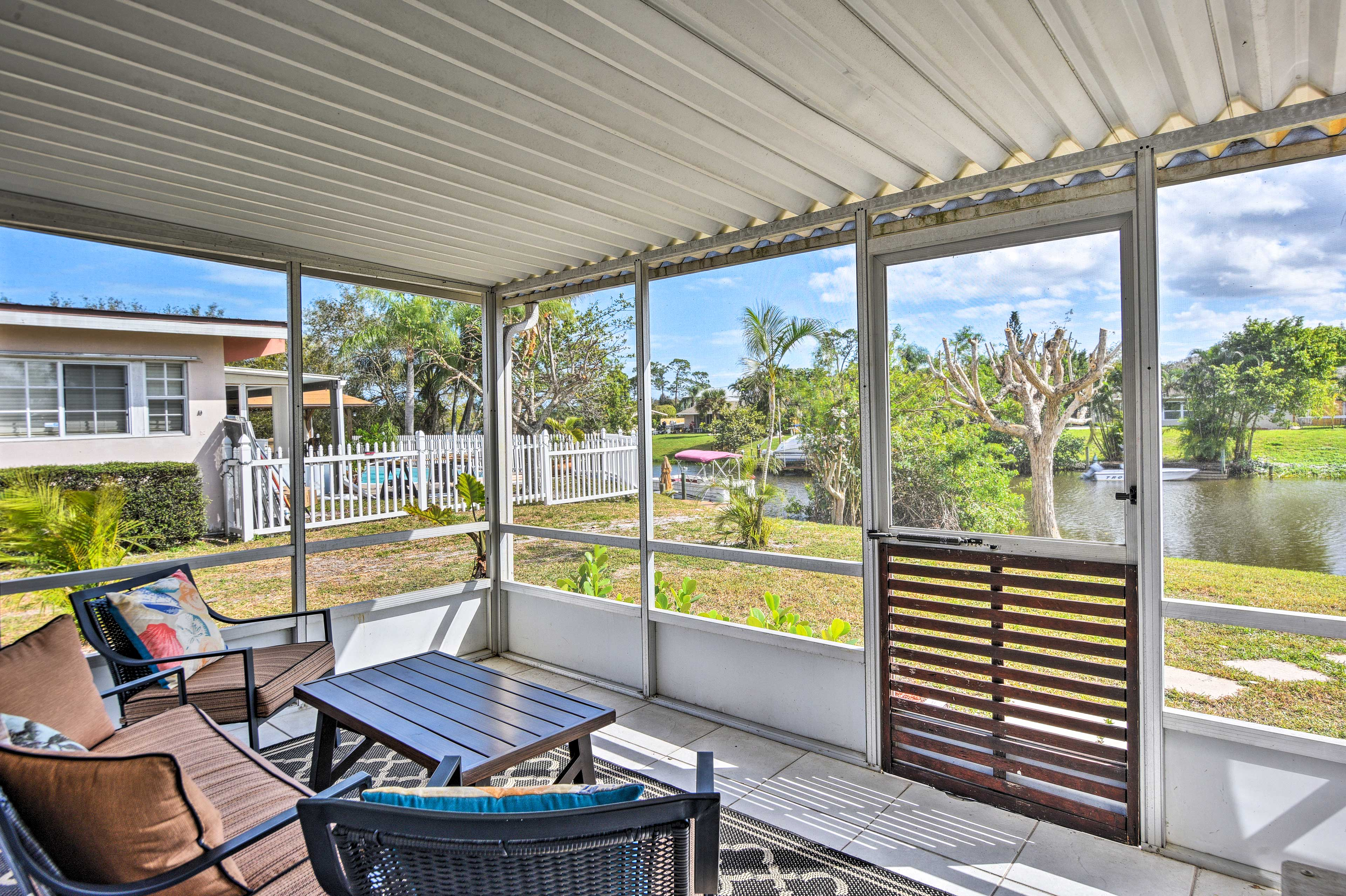 You'll love watching boats sail by on the canal while you relax in the sun room.