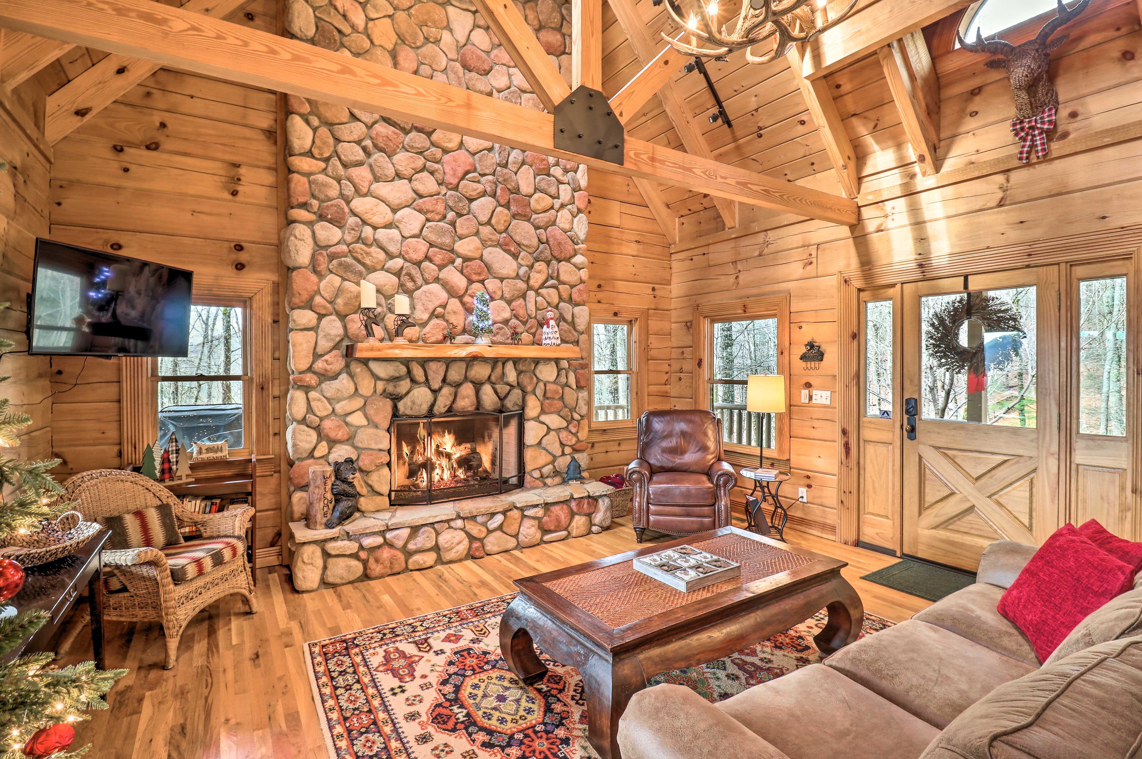 Living Room | Gas Fireplace | Exposed Wood Beams