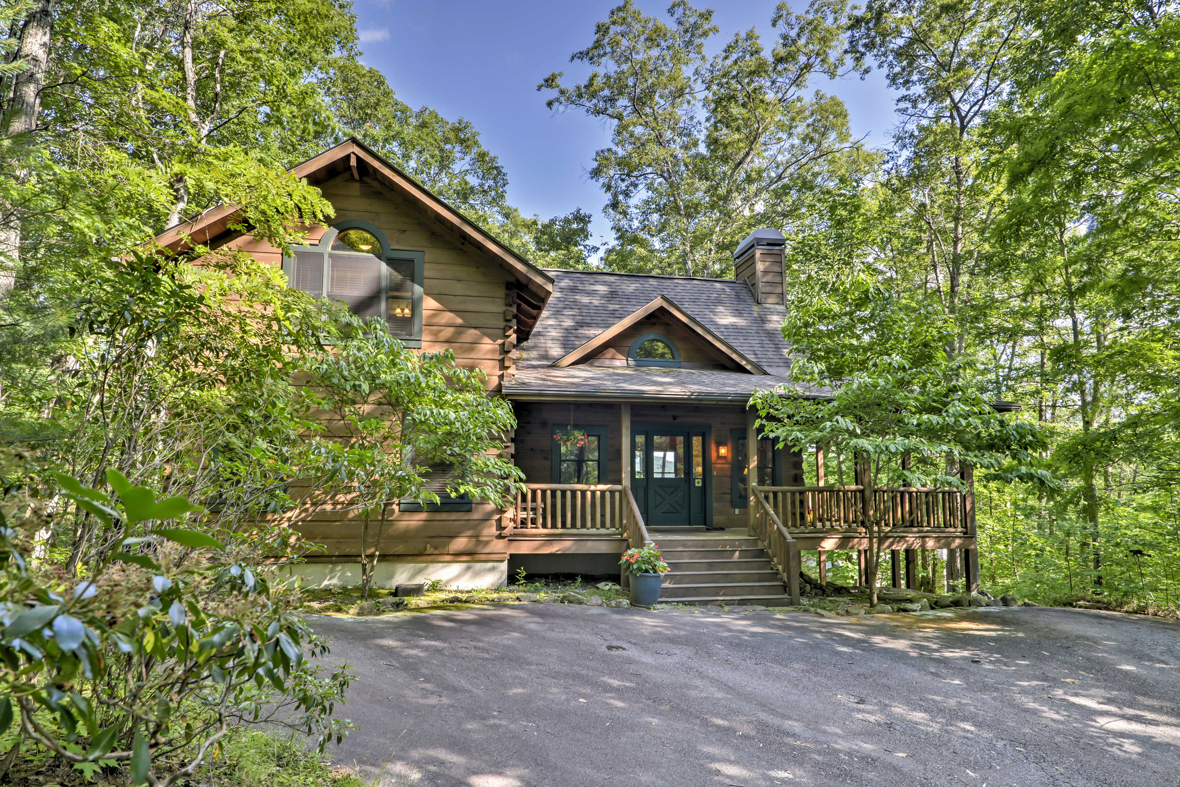 Summertime Exterior | Private Entrance | Remote Location