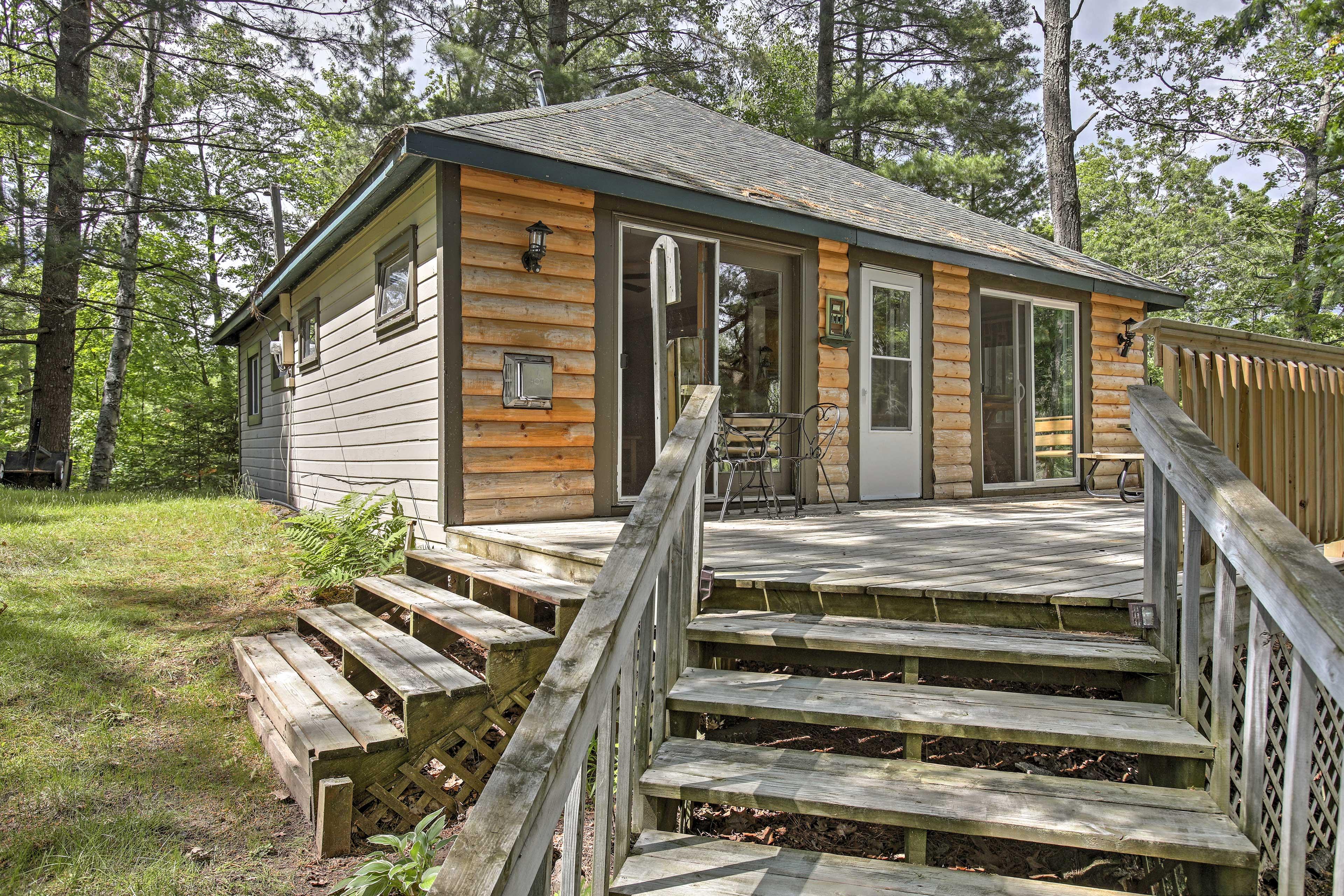 Cabin Exterior | Furnished Deck
