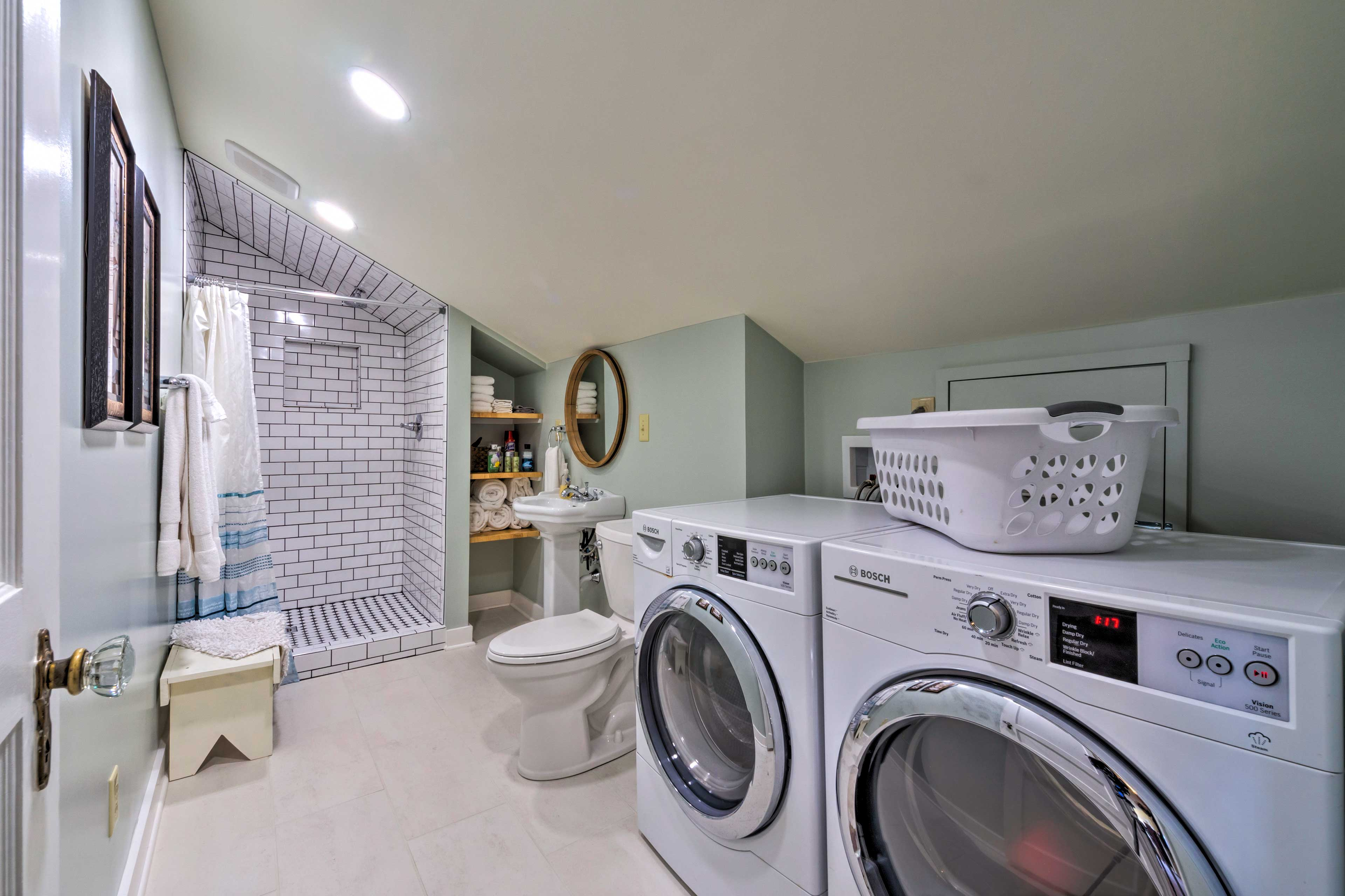 No need to pack your whole wardrobe - laundry machines are provided!