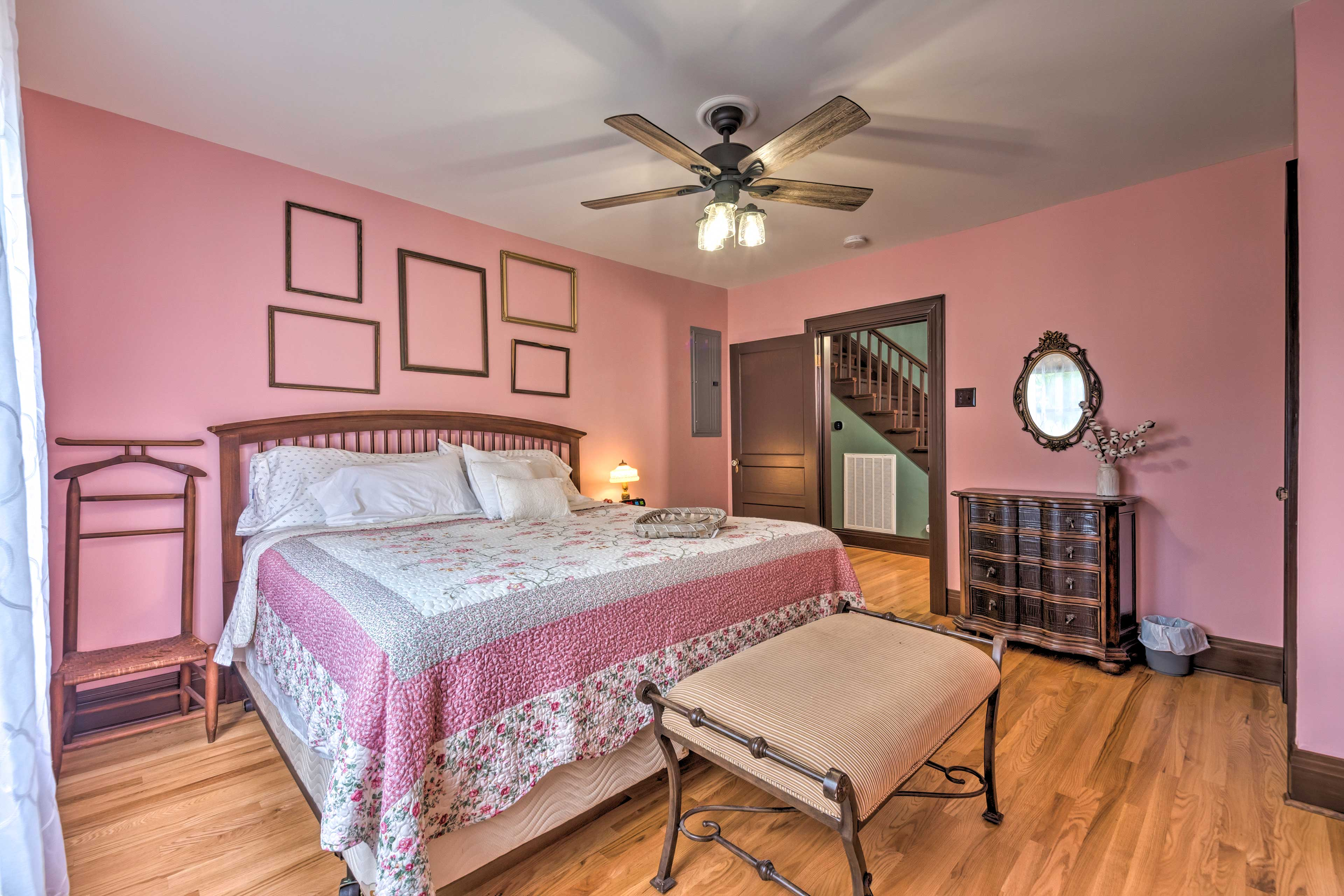 End each day curled up in this king be in the master bedroom!