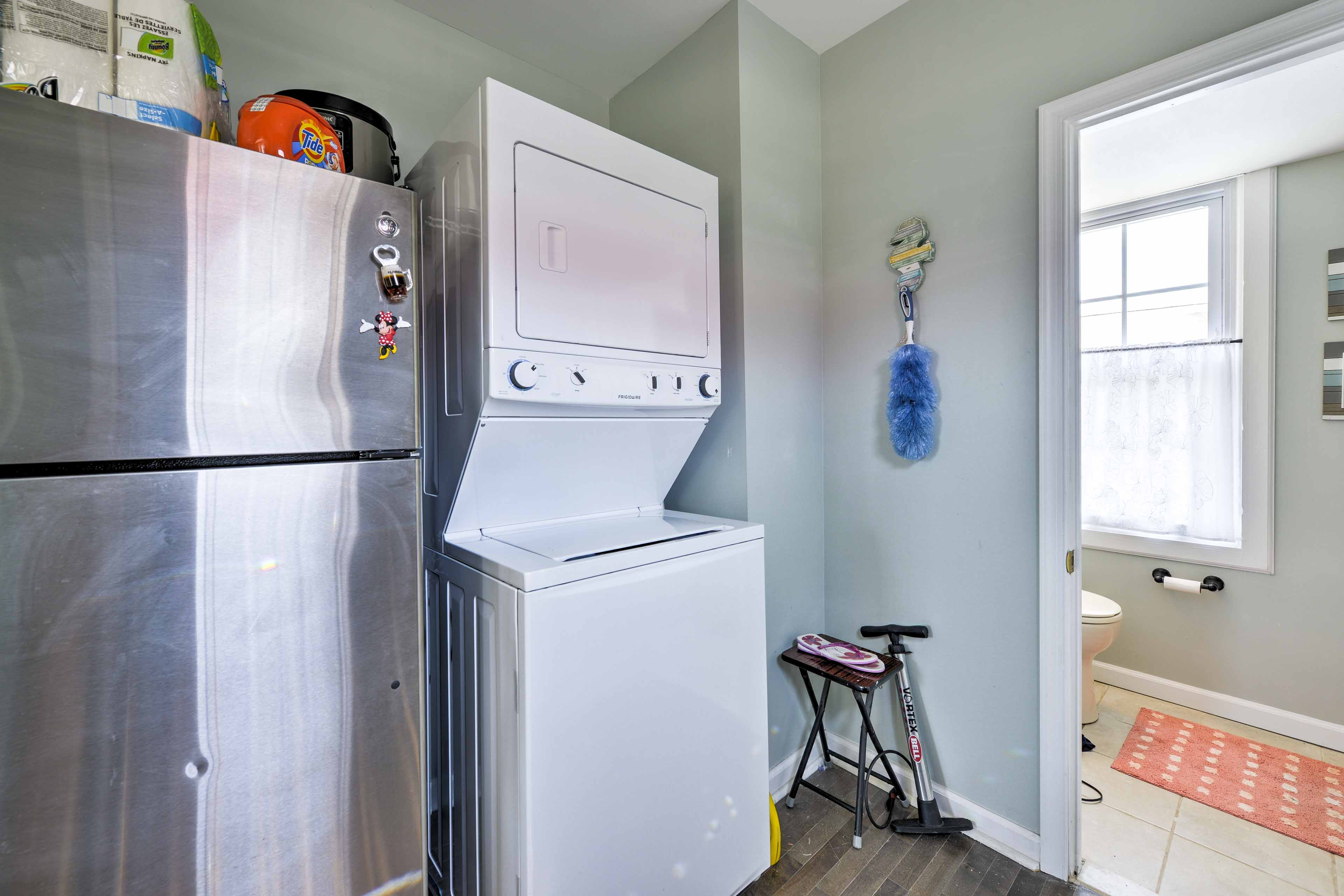 In-unit laundry machines ensure your clothes stay clean!