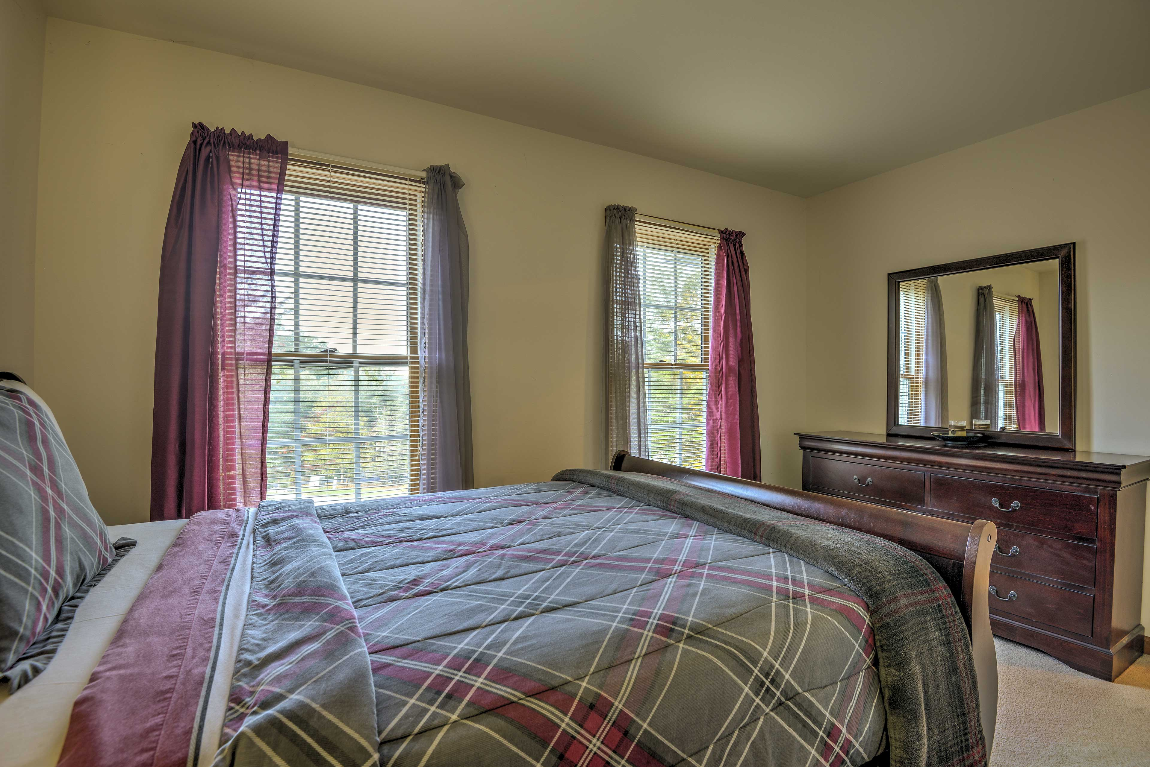 Bedroom   Linens Provided