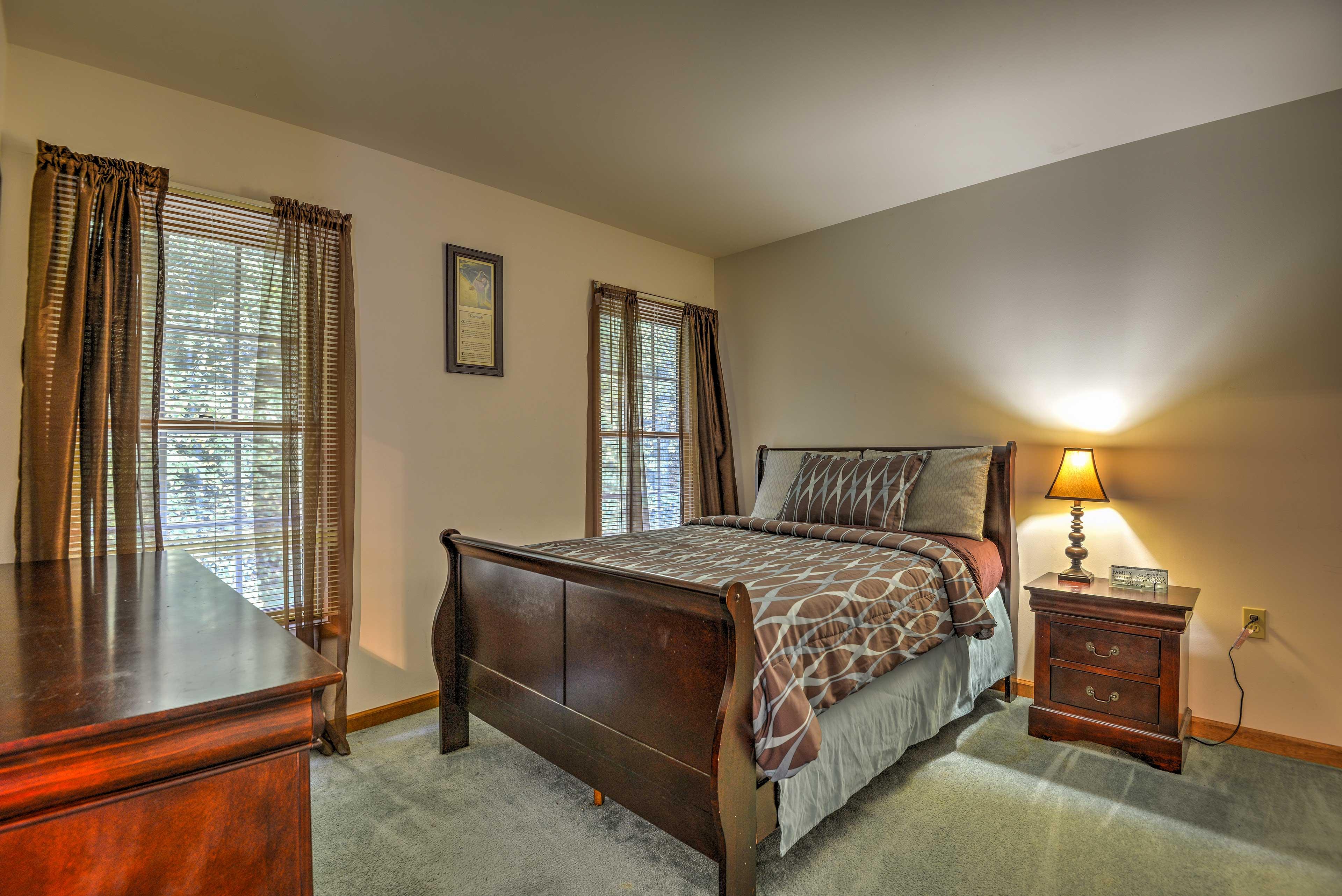 Bedroom   Sleeps 2