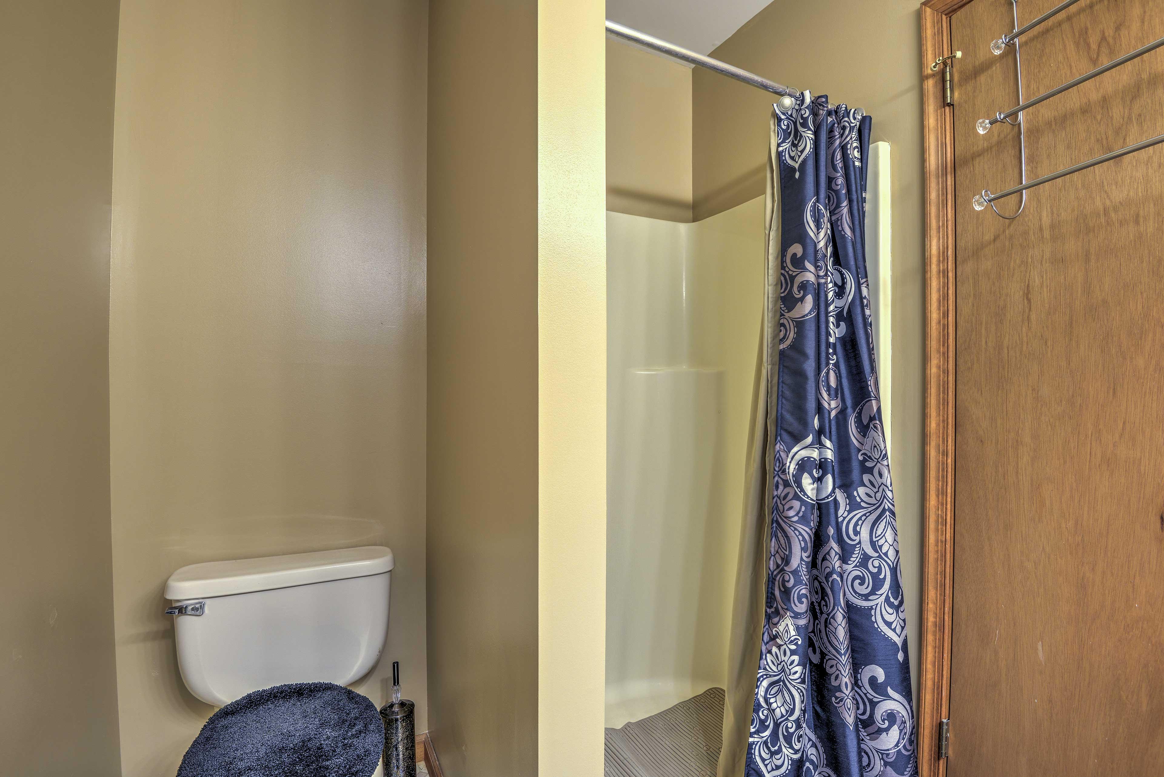 Bathroom   Walk-In Shower