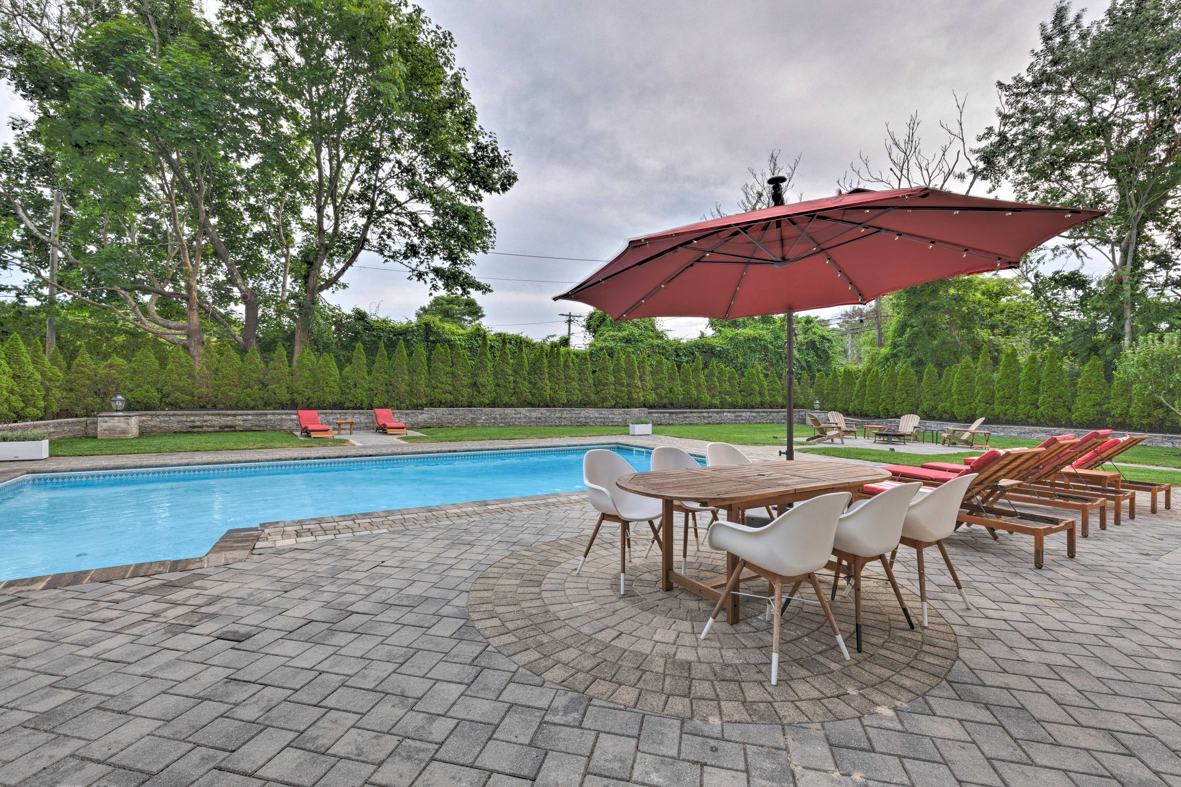 This fantastic 6-bedroom, 2-bath Hampton Bays home is the ideal getaway.