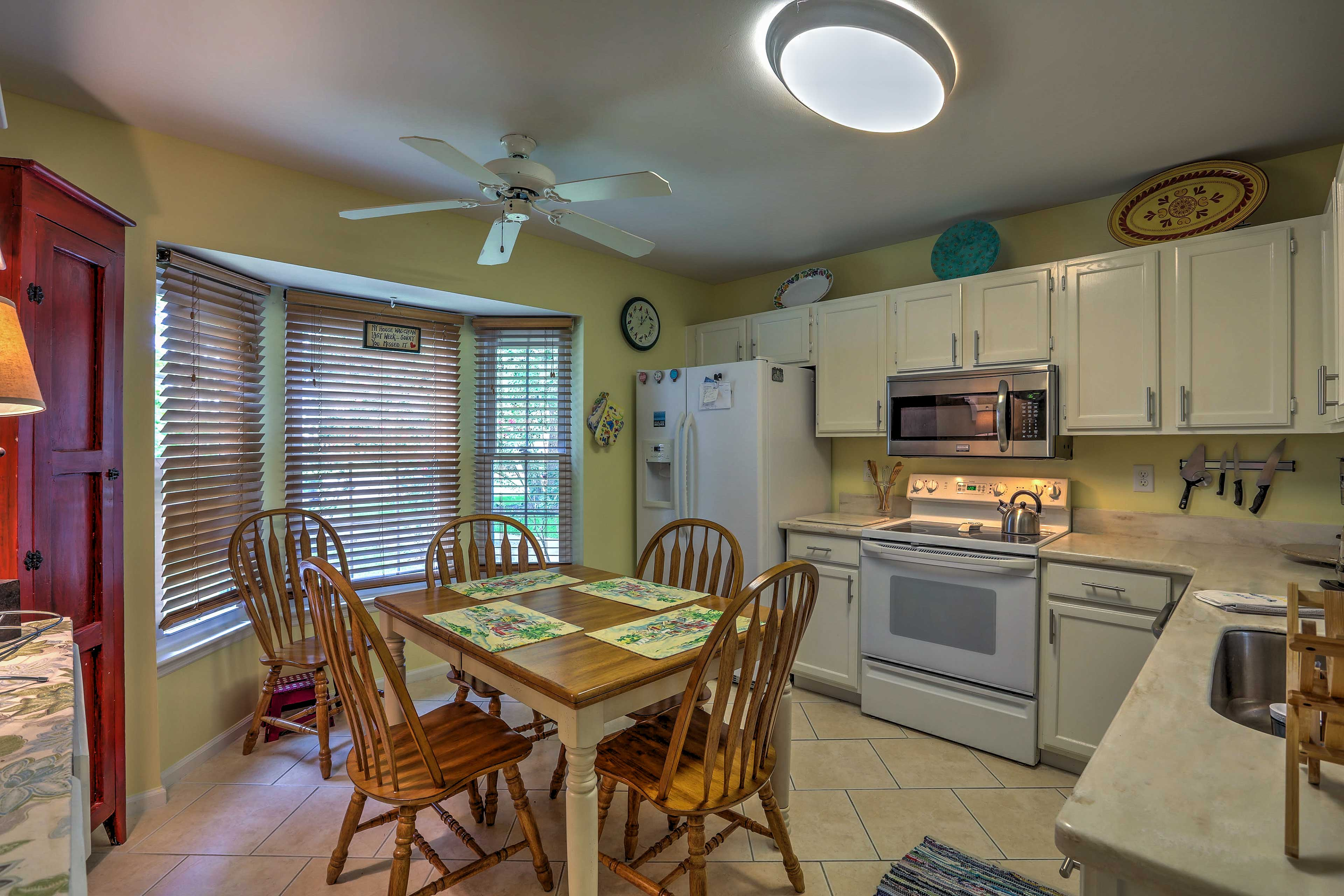 The fully equipped kitchen provides everything you'll need to whip up recipes.