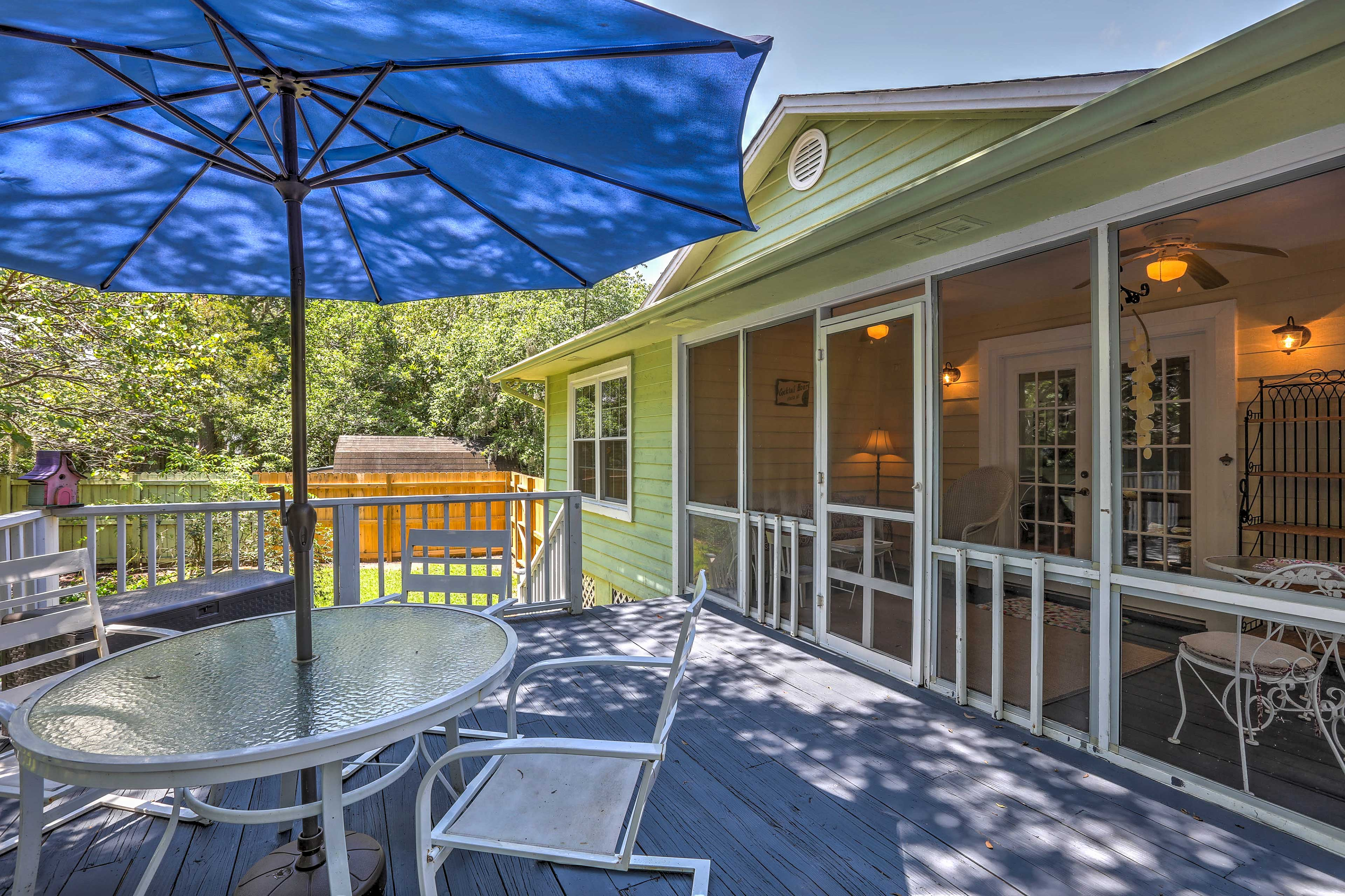 Step out to your private deck to dine al fresco underneath the shade umbrella.
