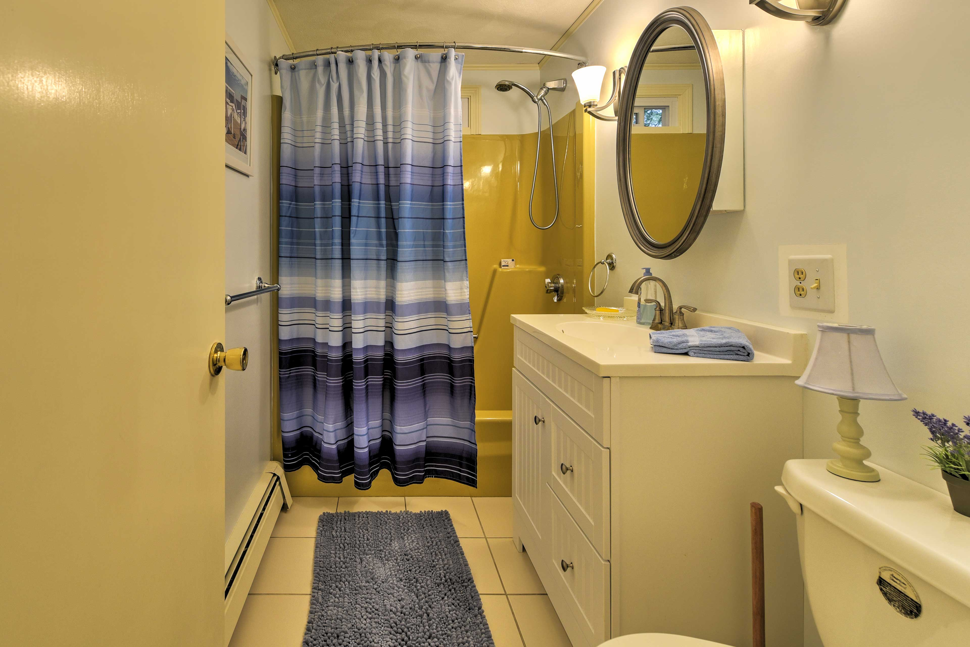 Choose between a shower or a bath after an a day at the beach.