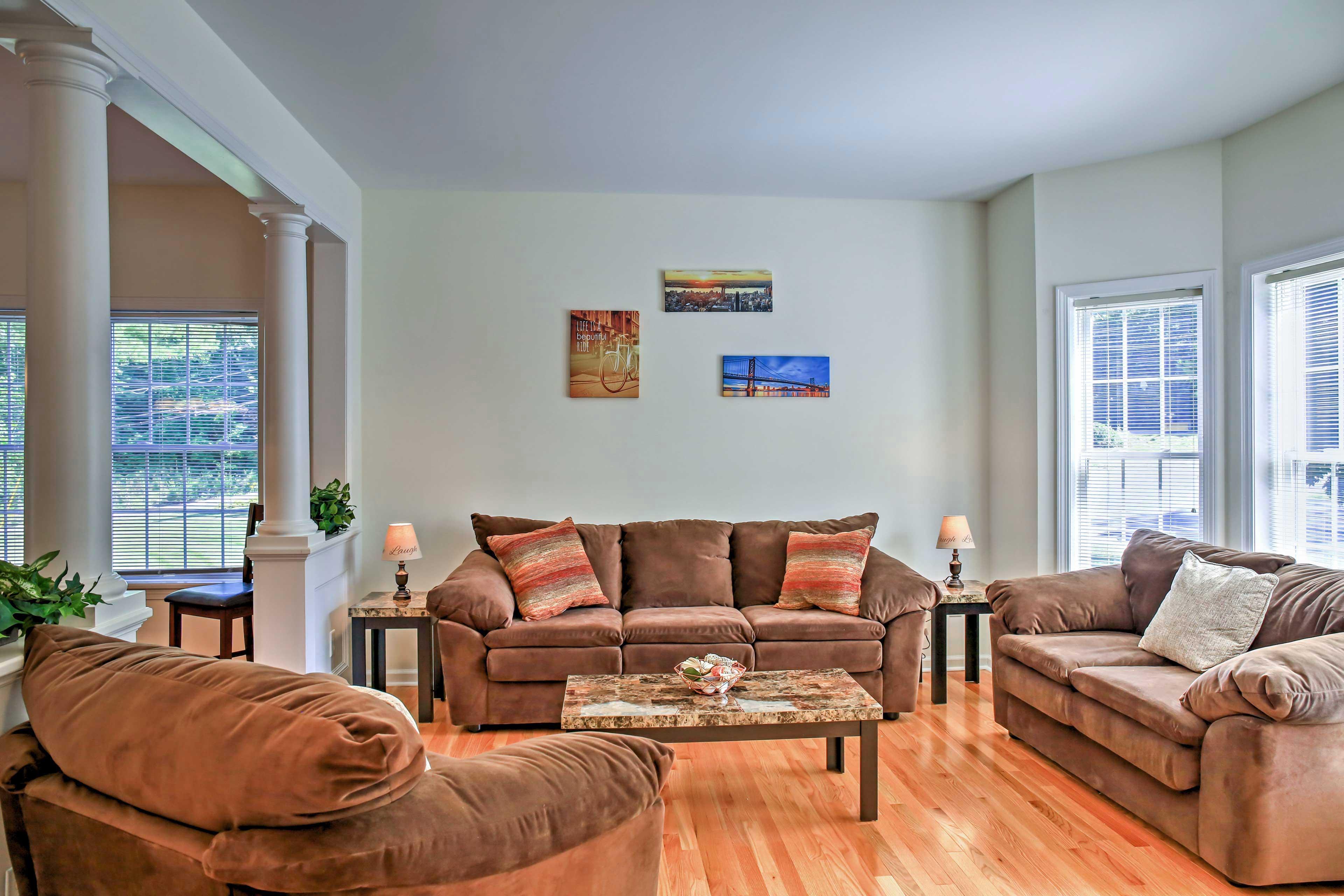 The sitting room provides comfortable plush furnishings.