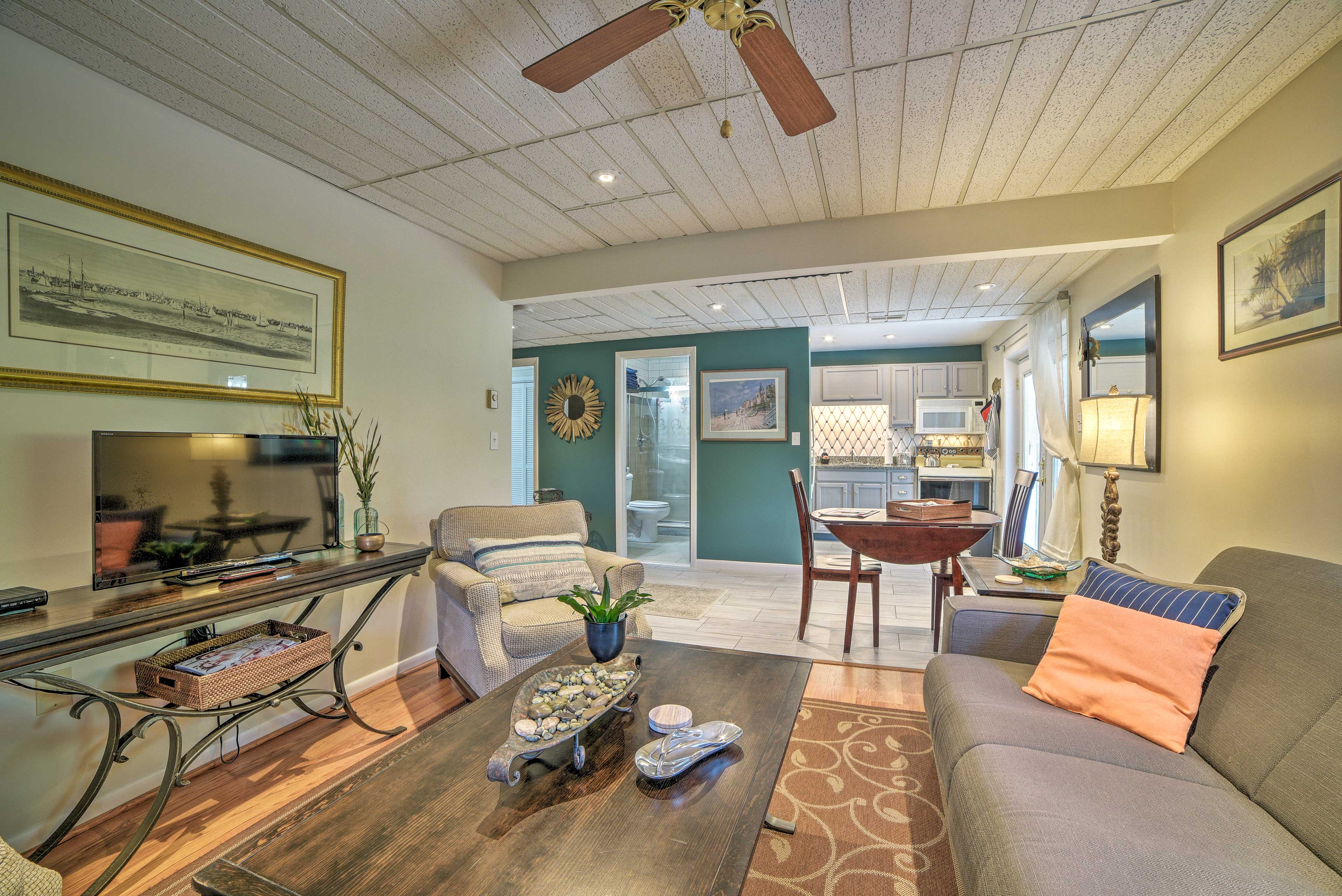 This Chesapeake Beach vacation rental apartment is perfect for a couple!