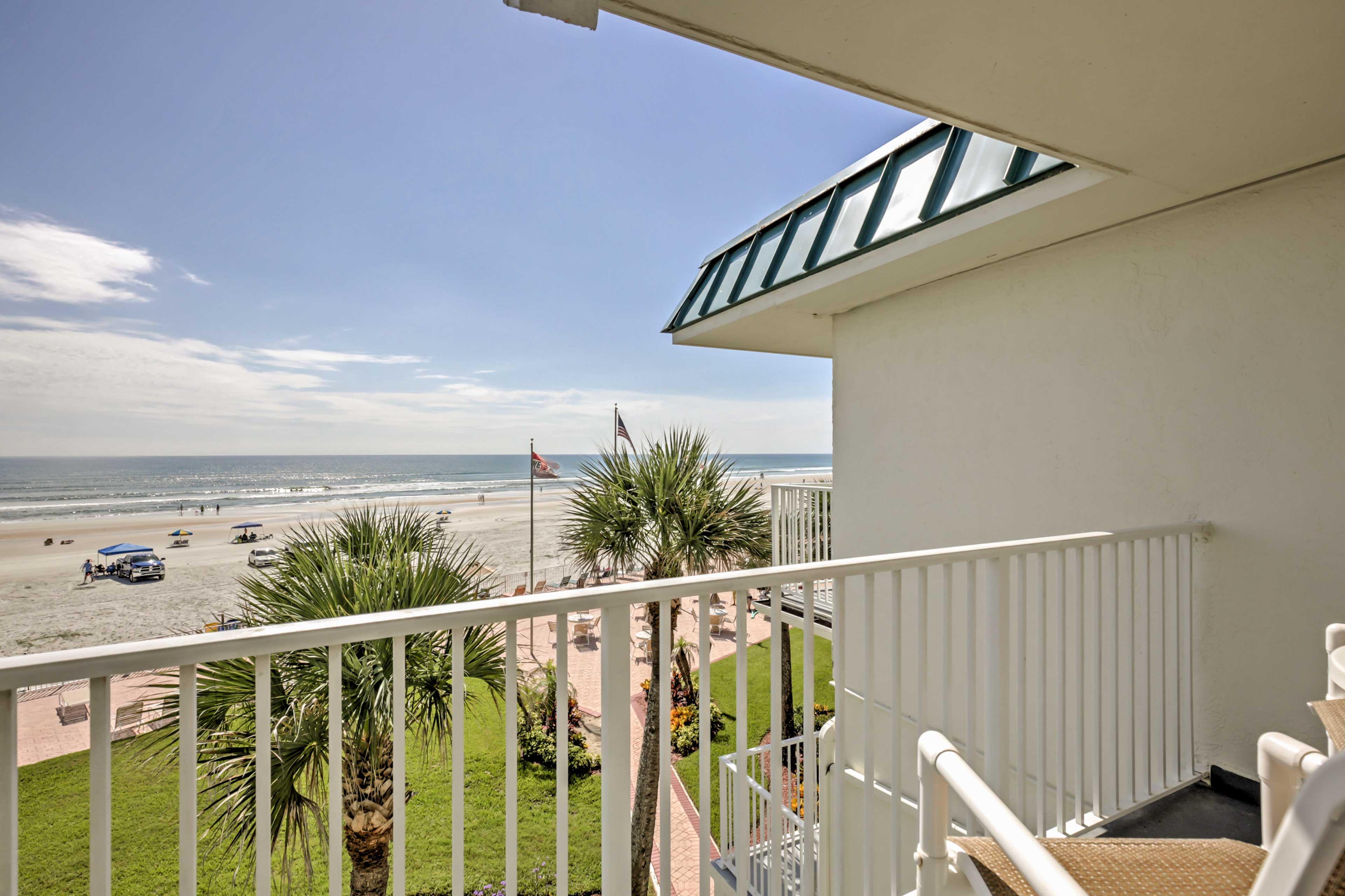 Daytona Beach Vacation Rental | 1BA | Studio | Step-Free Access