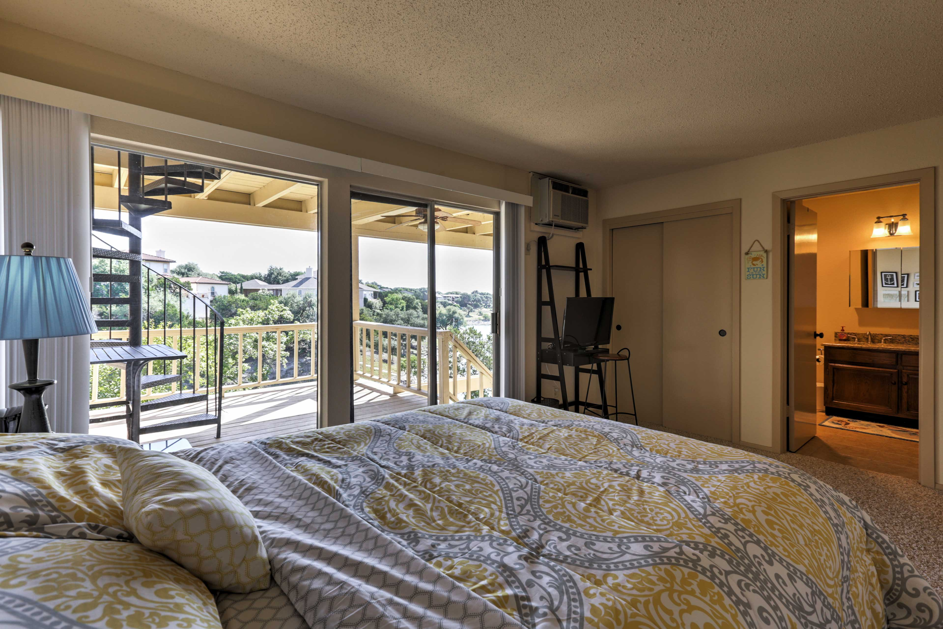 Enjoy the lake views when you wake up in the morning!