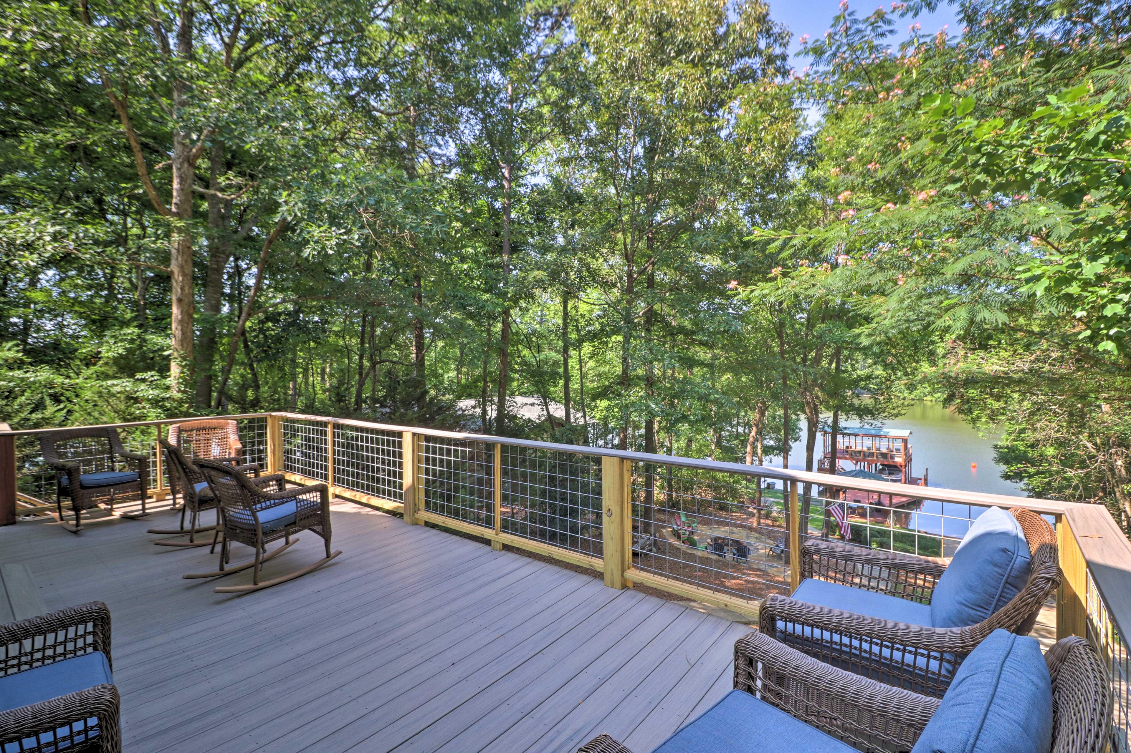 Deck | Gas Grill | Lake Views