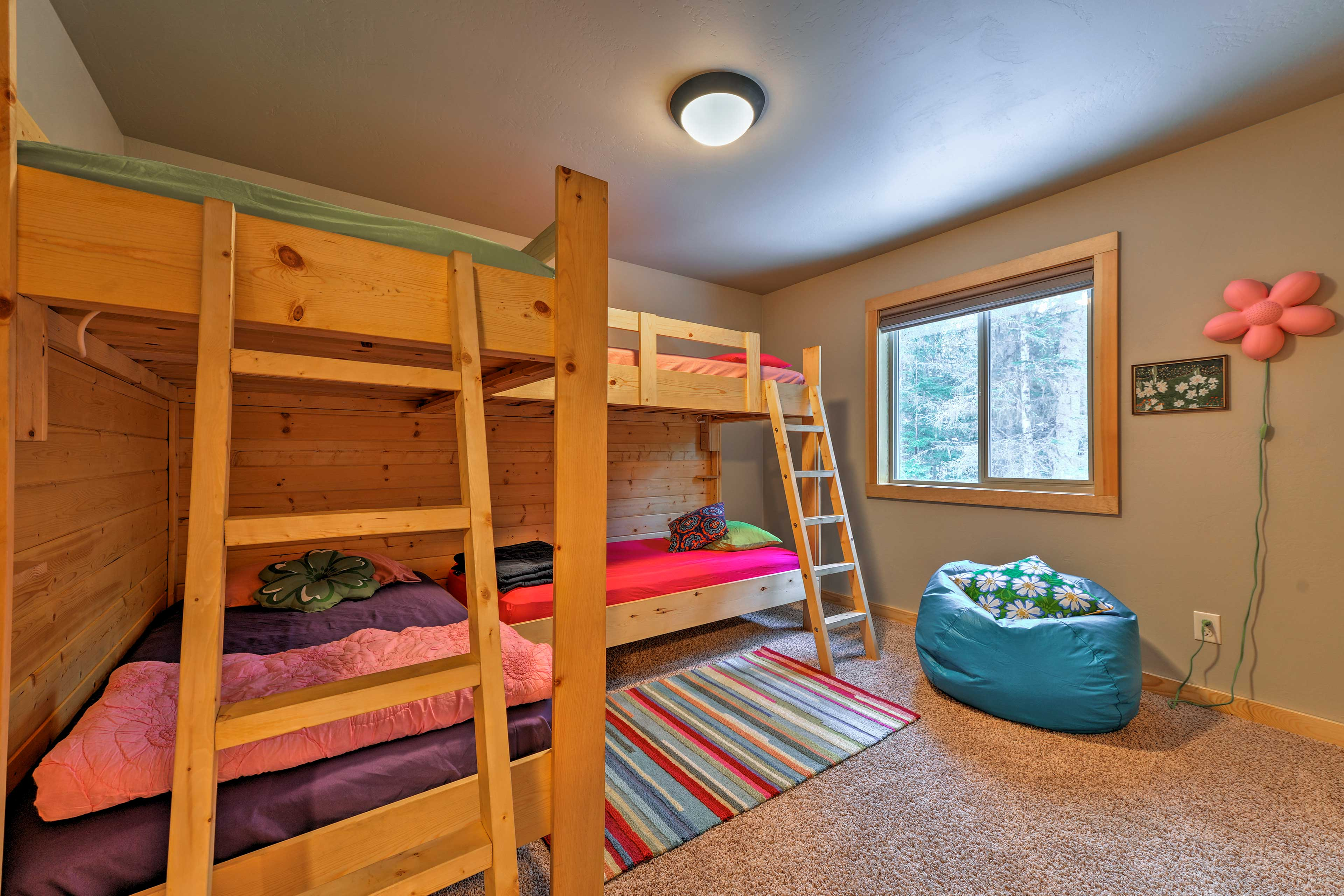 Whoever wins the paddling race gets the top bunks in the kid's room!