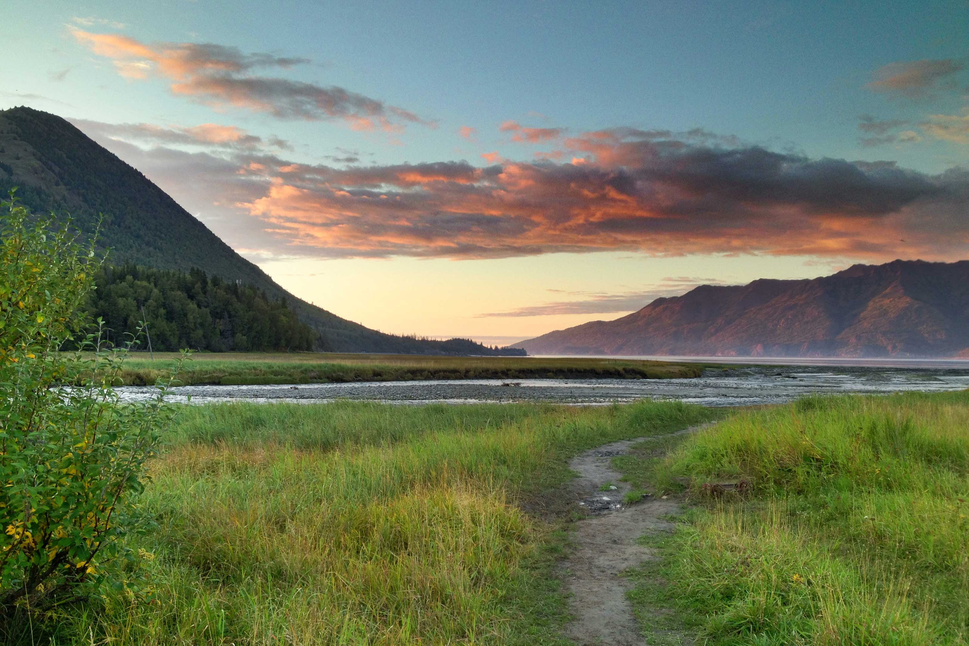 Bring your family to enjoy a scenic Alaskan retreat.