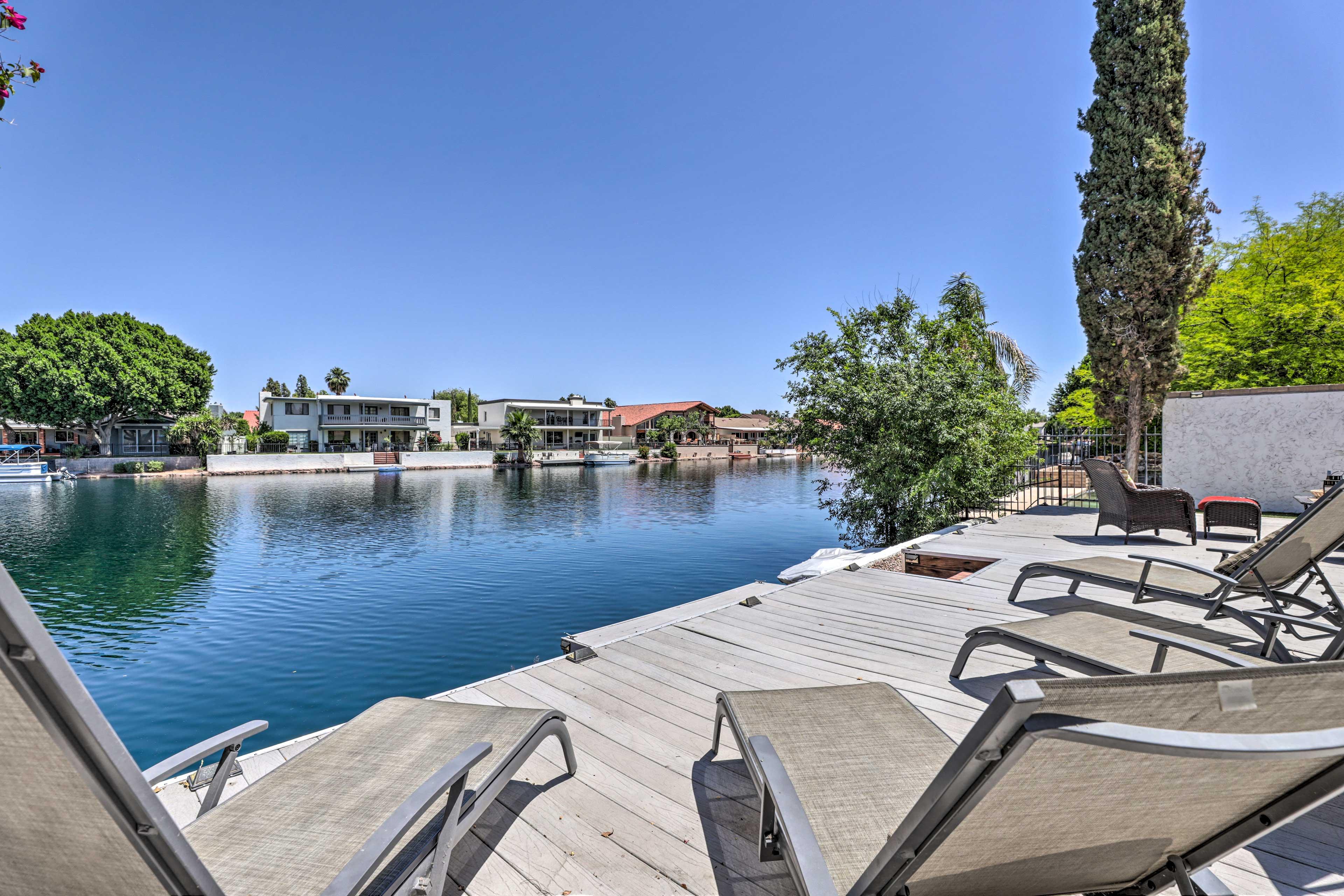 Backyard   Lake Access