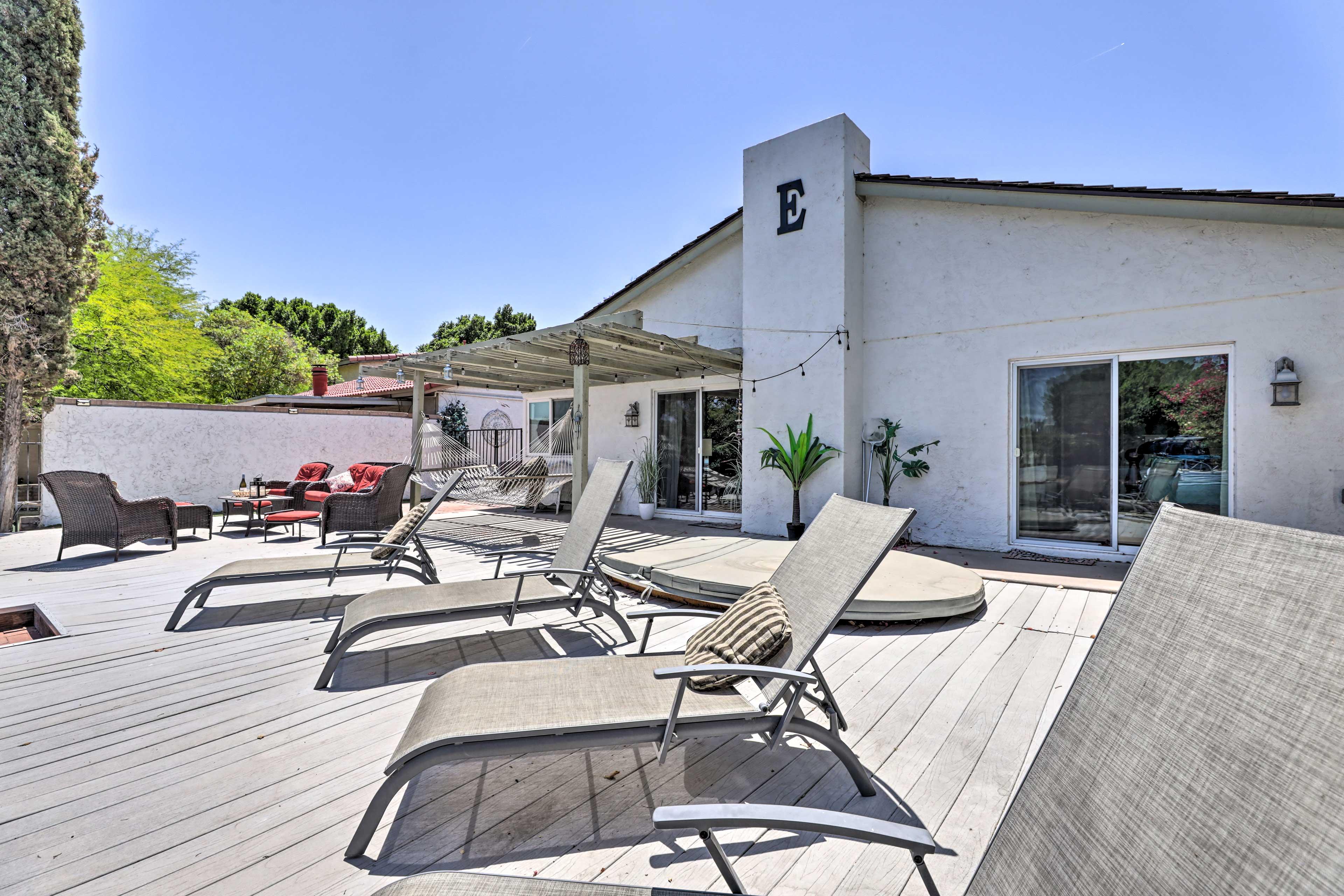 Backyard   Sun Chairs