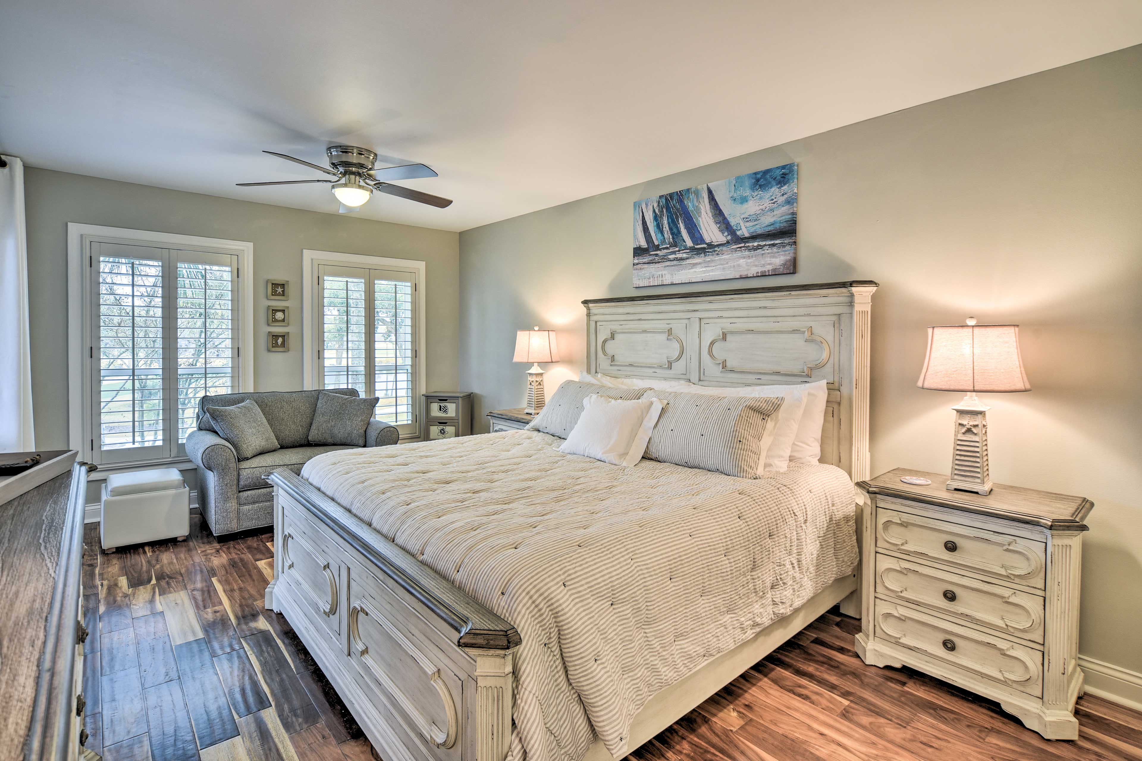 Master Bedroom | King Bed | Patio Access