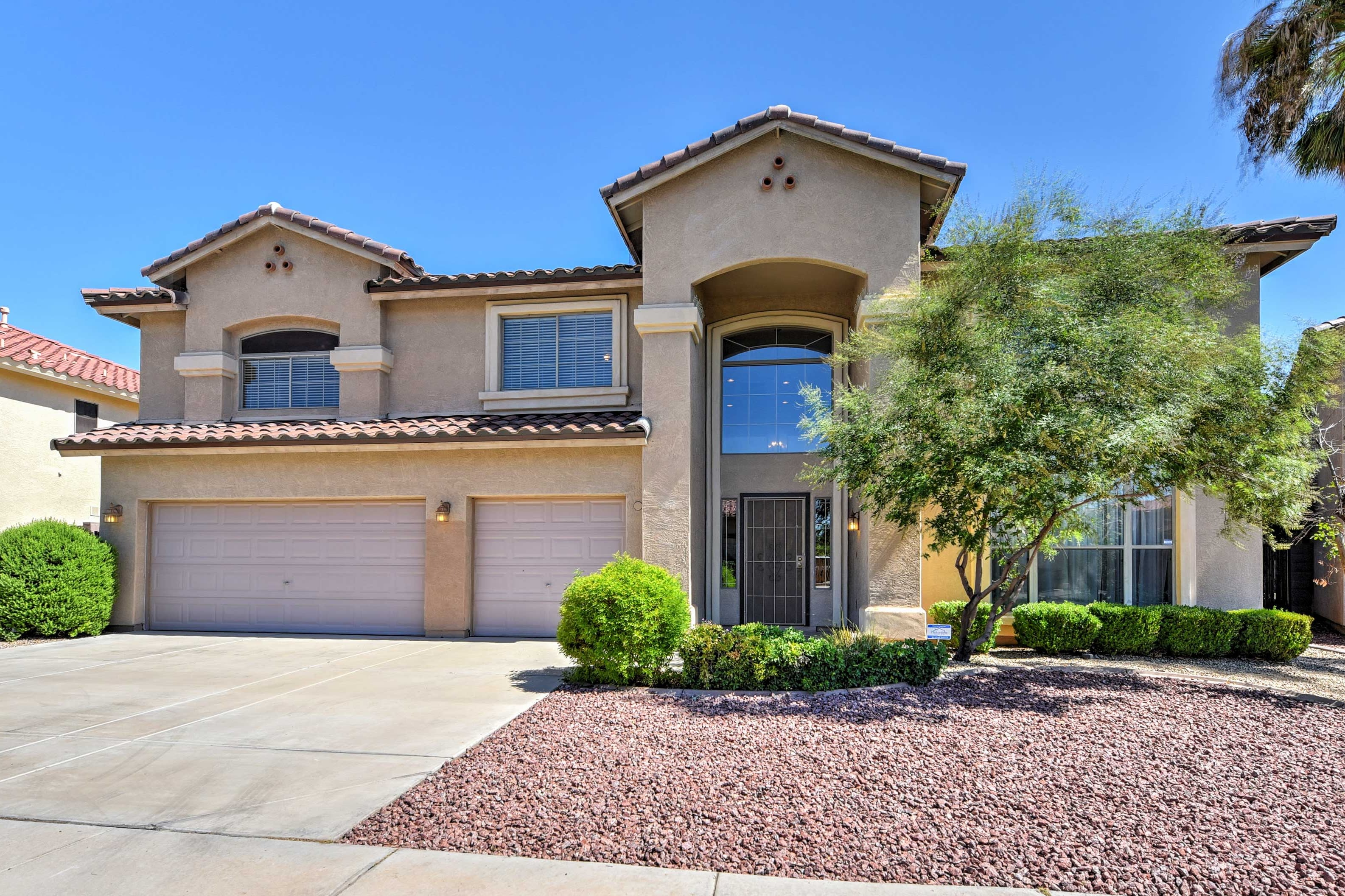 This home is minutes from many local attractions!