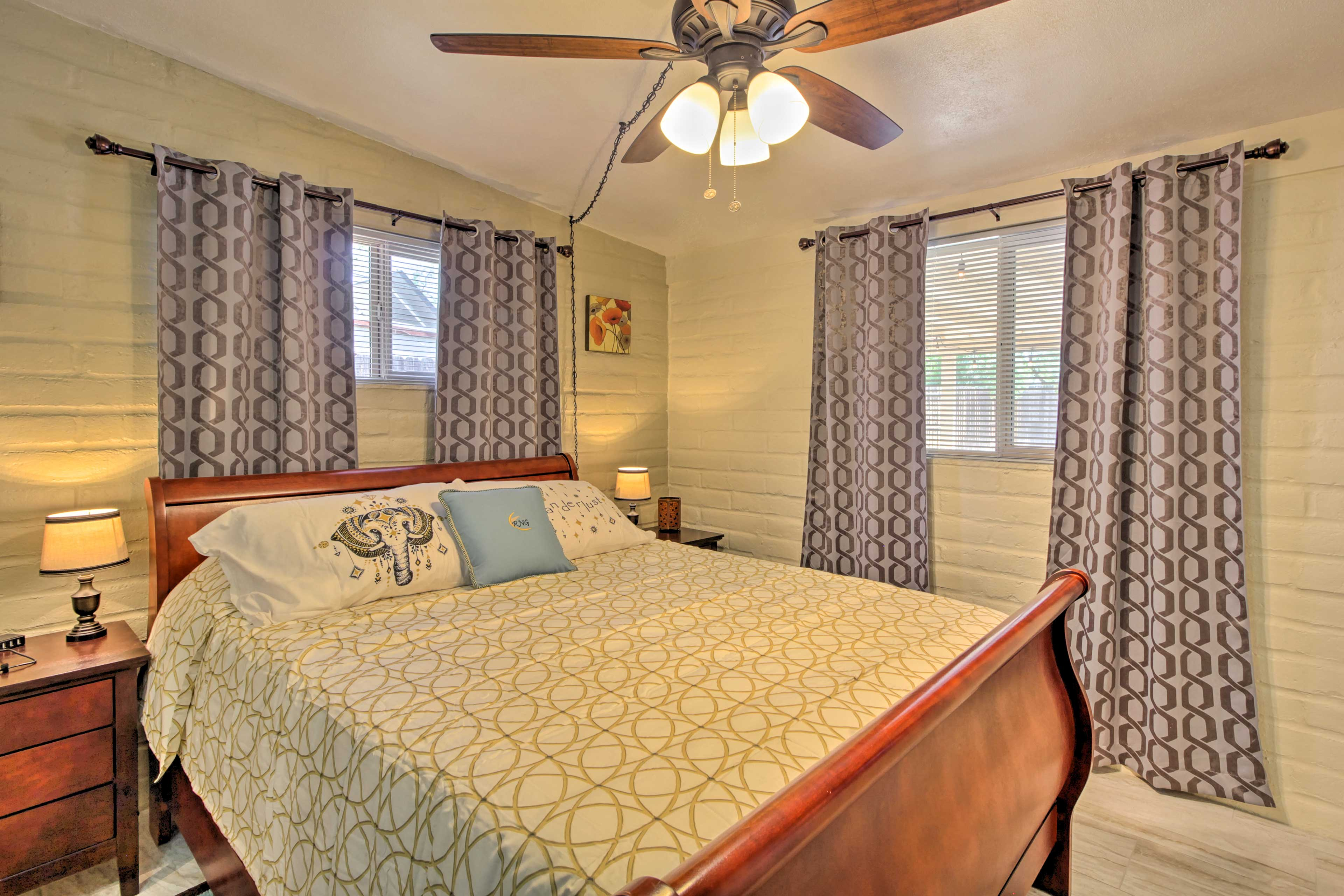 A deep night's sleep awaits you in this cozy queen bed.