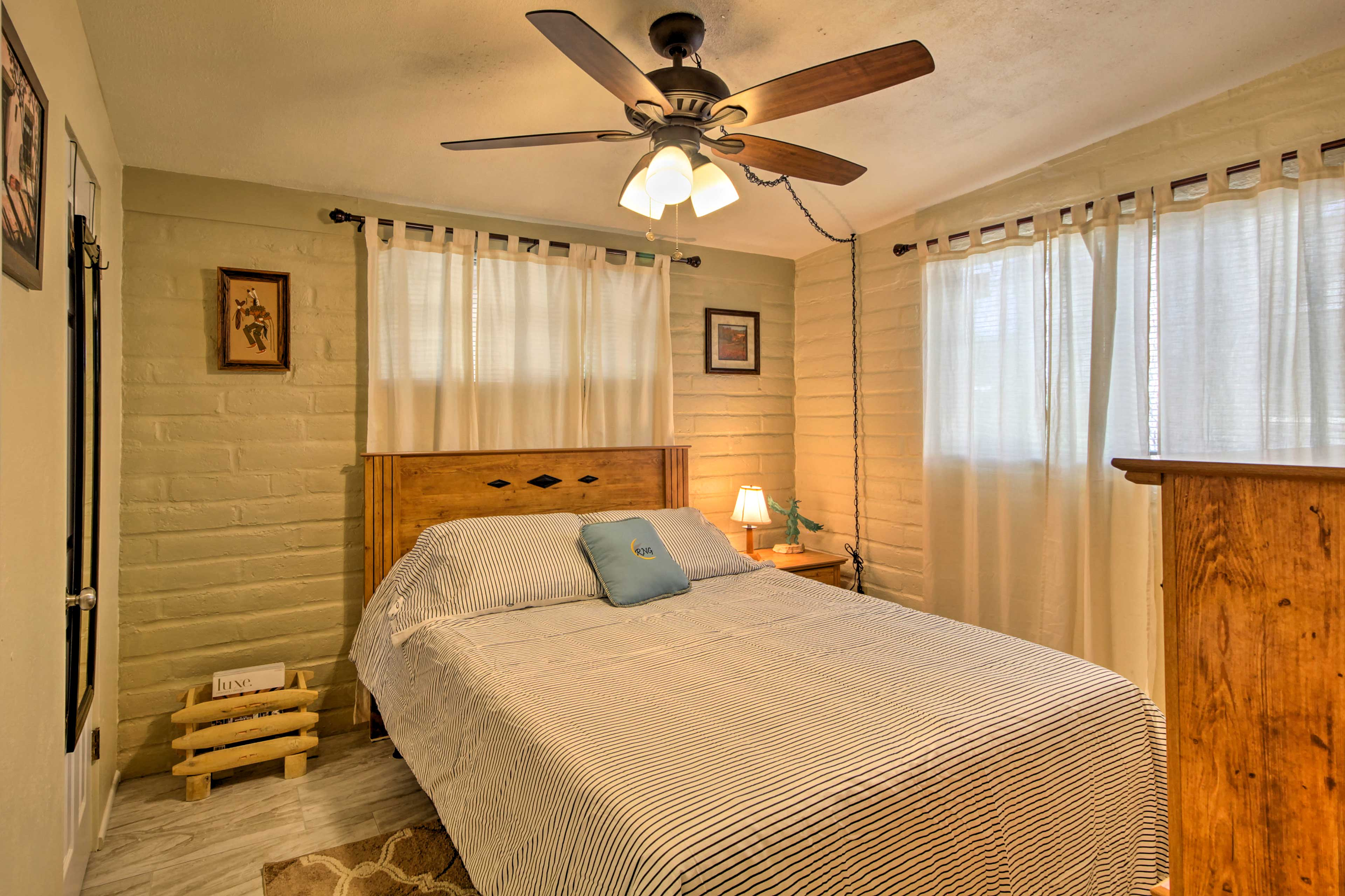 Wrap up in the soft linen's of this full bed.