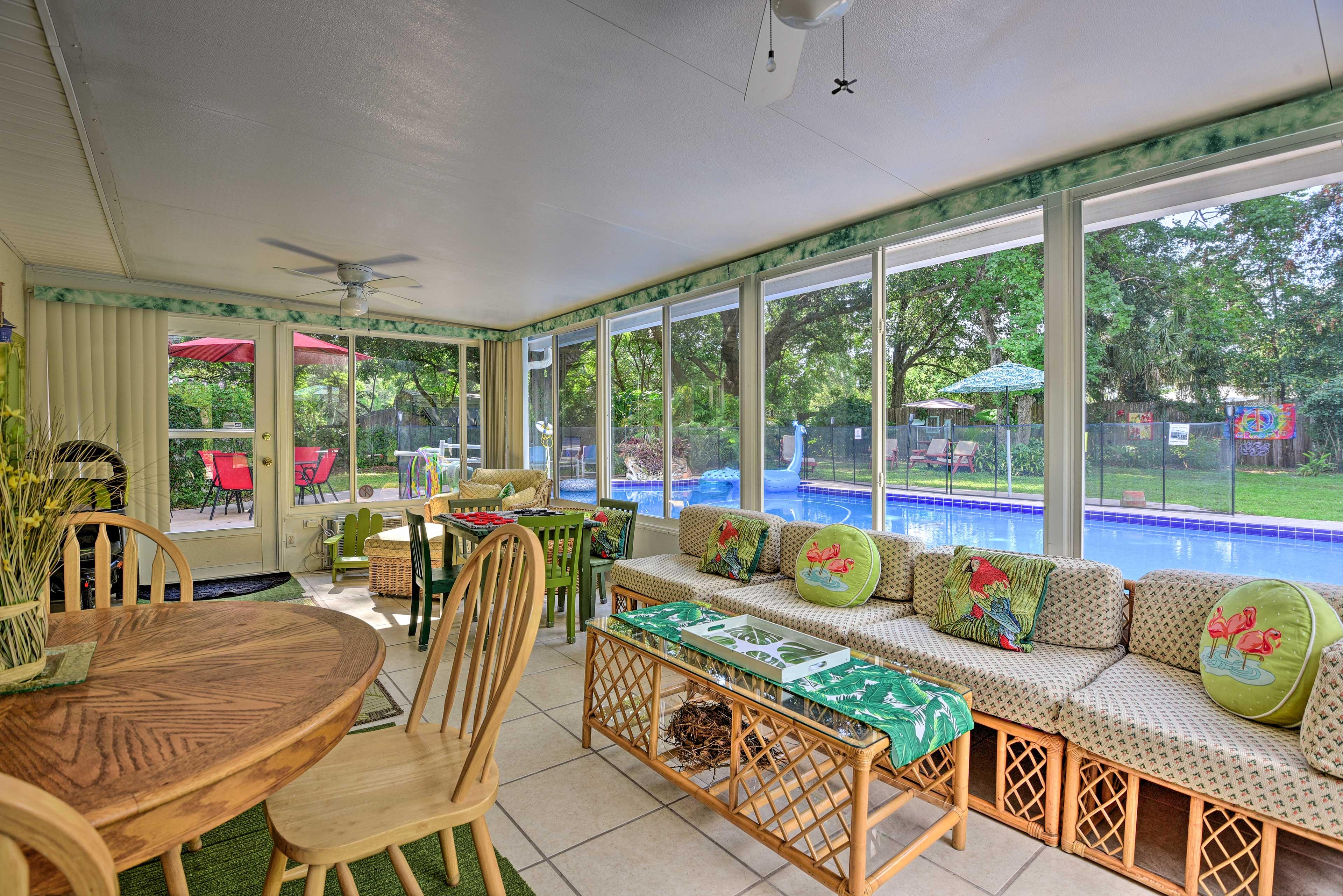 Longwood Vacation Rental   3BR   2BA   2,600 Sq Ft   Main House
