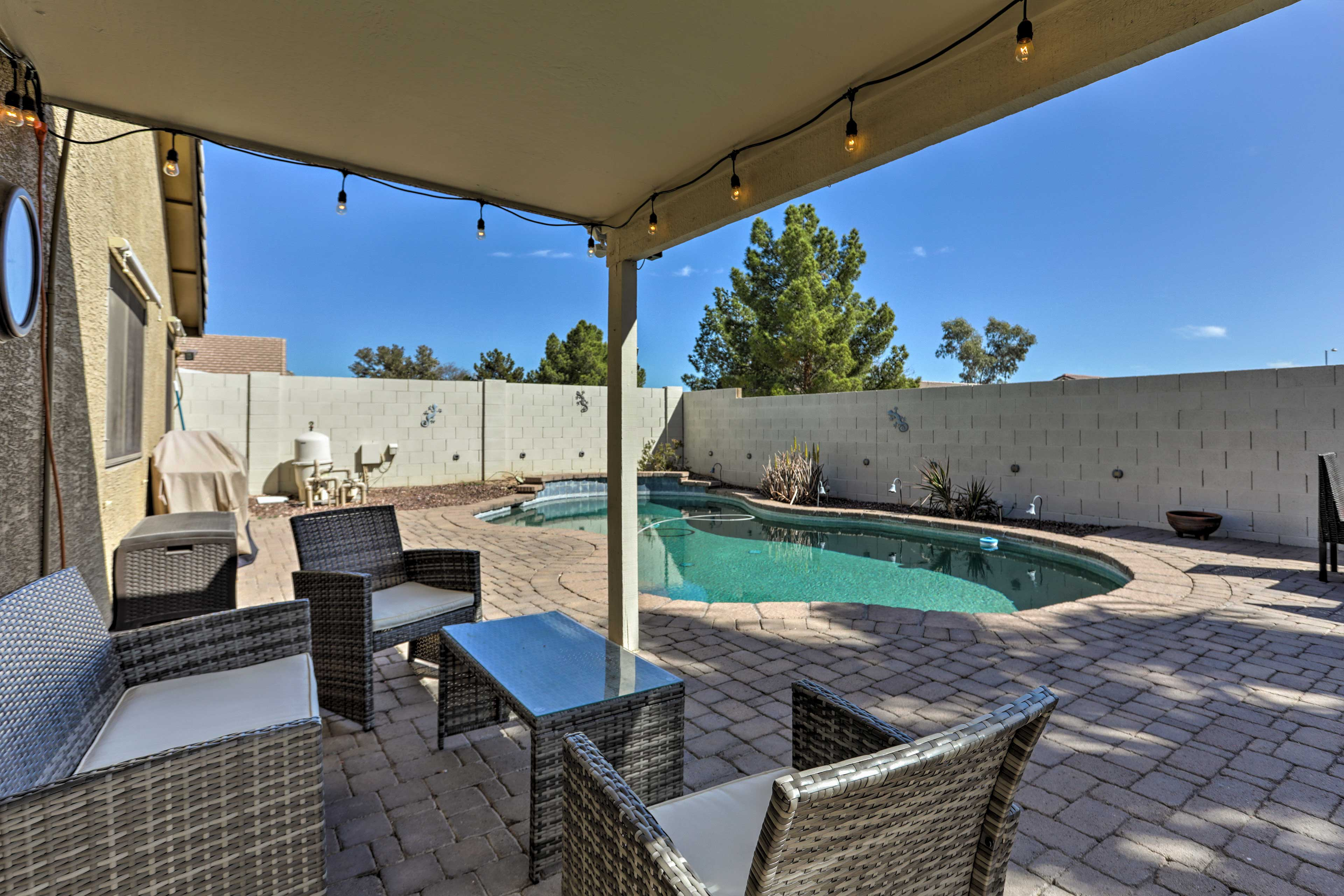 Escape to sunny Arizona by staying in this 3-bed vacation rental in Surprise!
