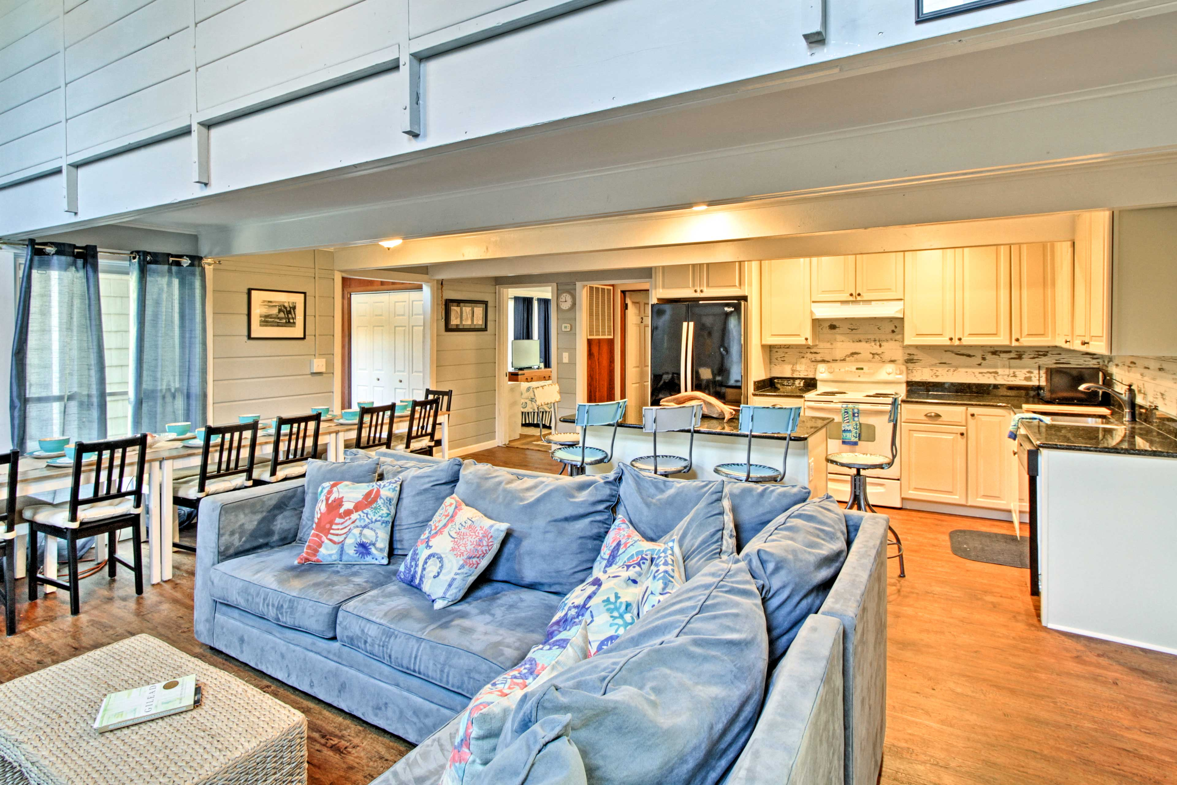 With a main house and guest house, enjoy 5,000 square feet of living space.