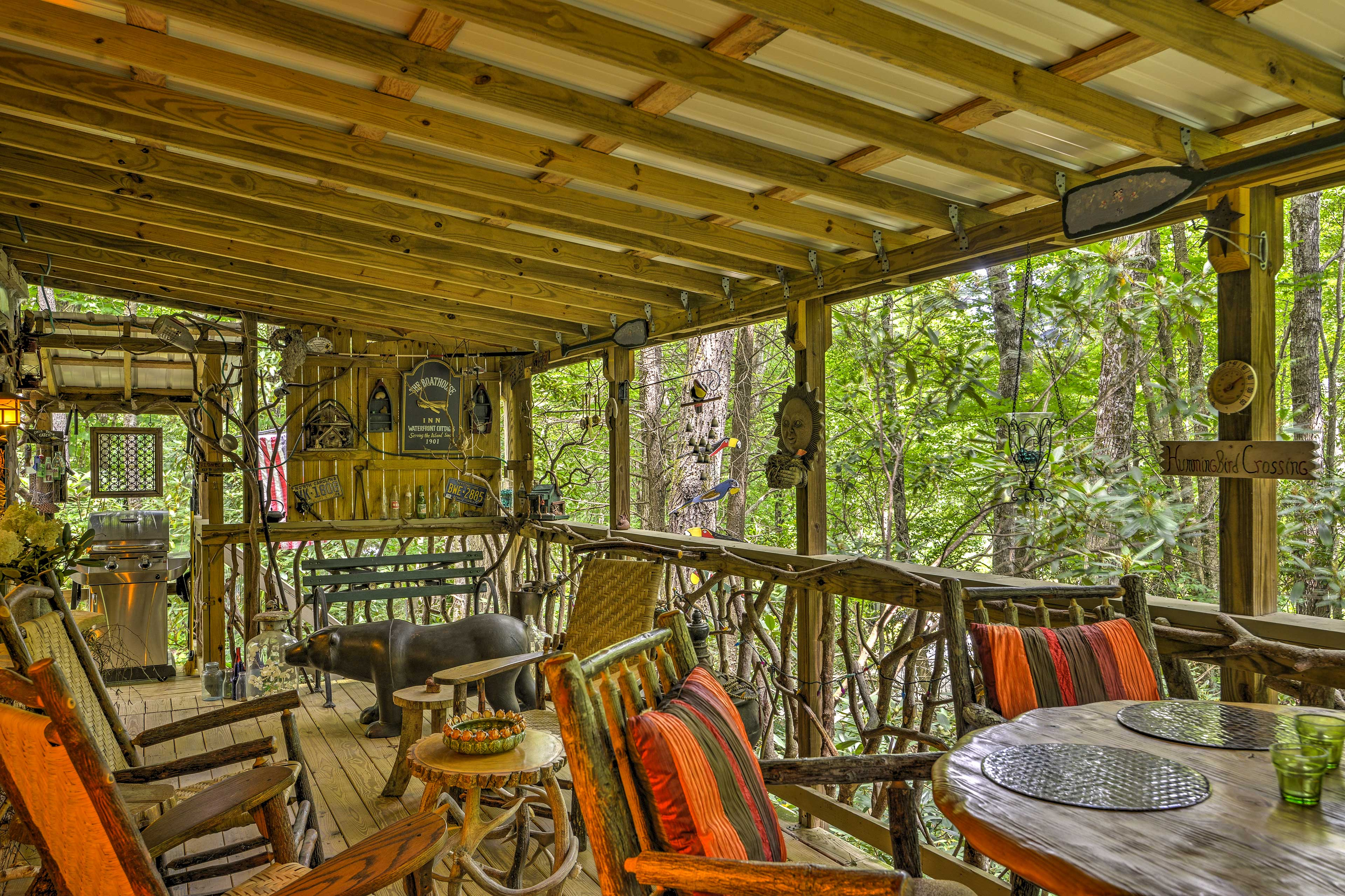 Enjoy the fresh North Carolina air from the gorgeous riverfront deck.
